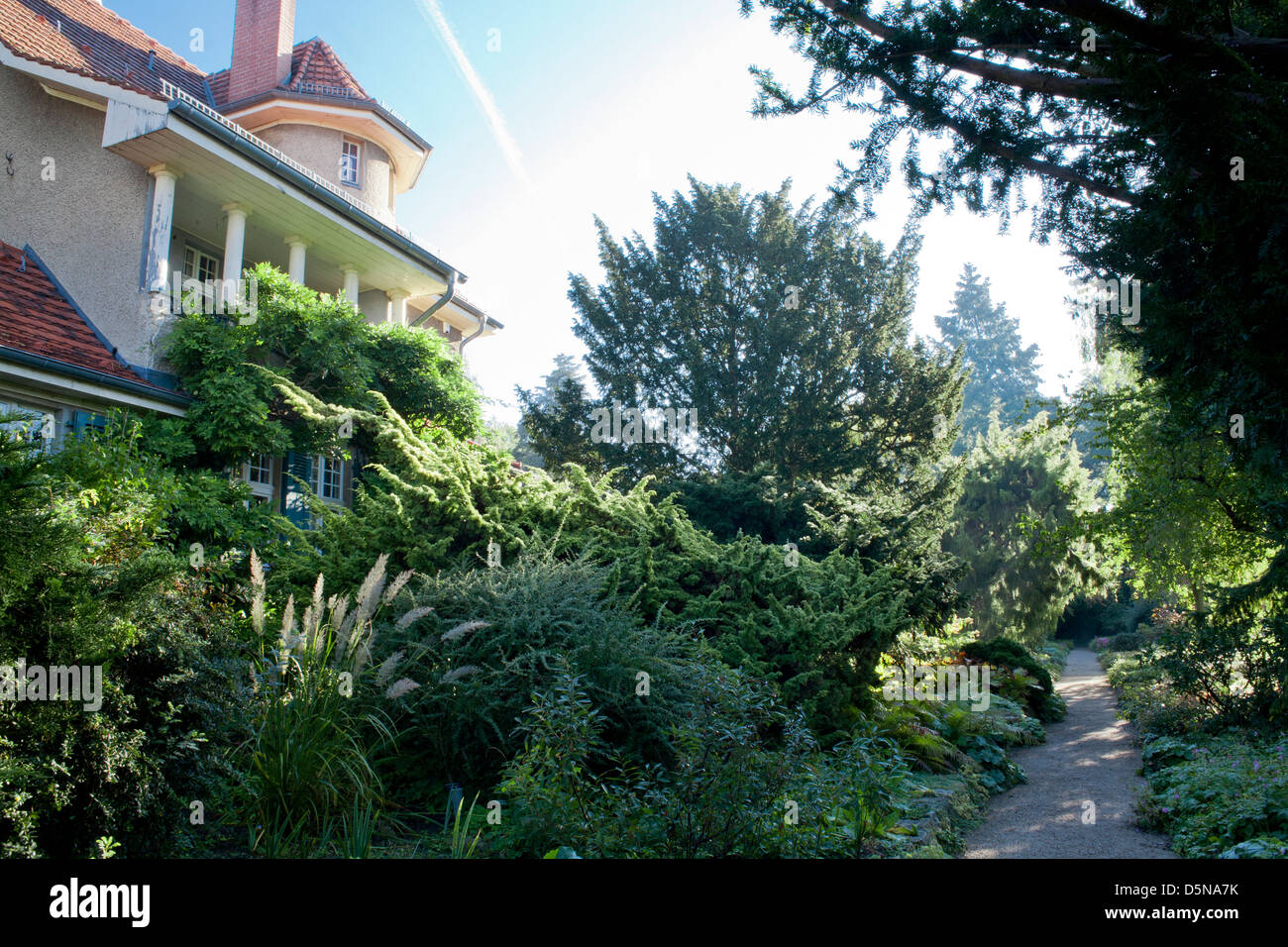 View over the house and garden, Karl Foerster Garden Potsdam Bornim Germany Stock Photo