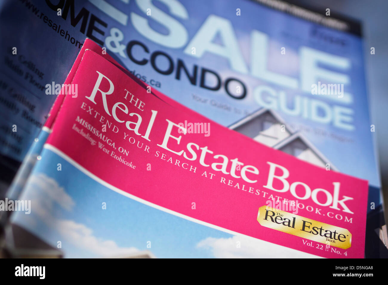 Real Estate, Homes Condos Land for Sale, Resale Booklets, Ontario, Canada - Stock Image
