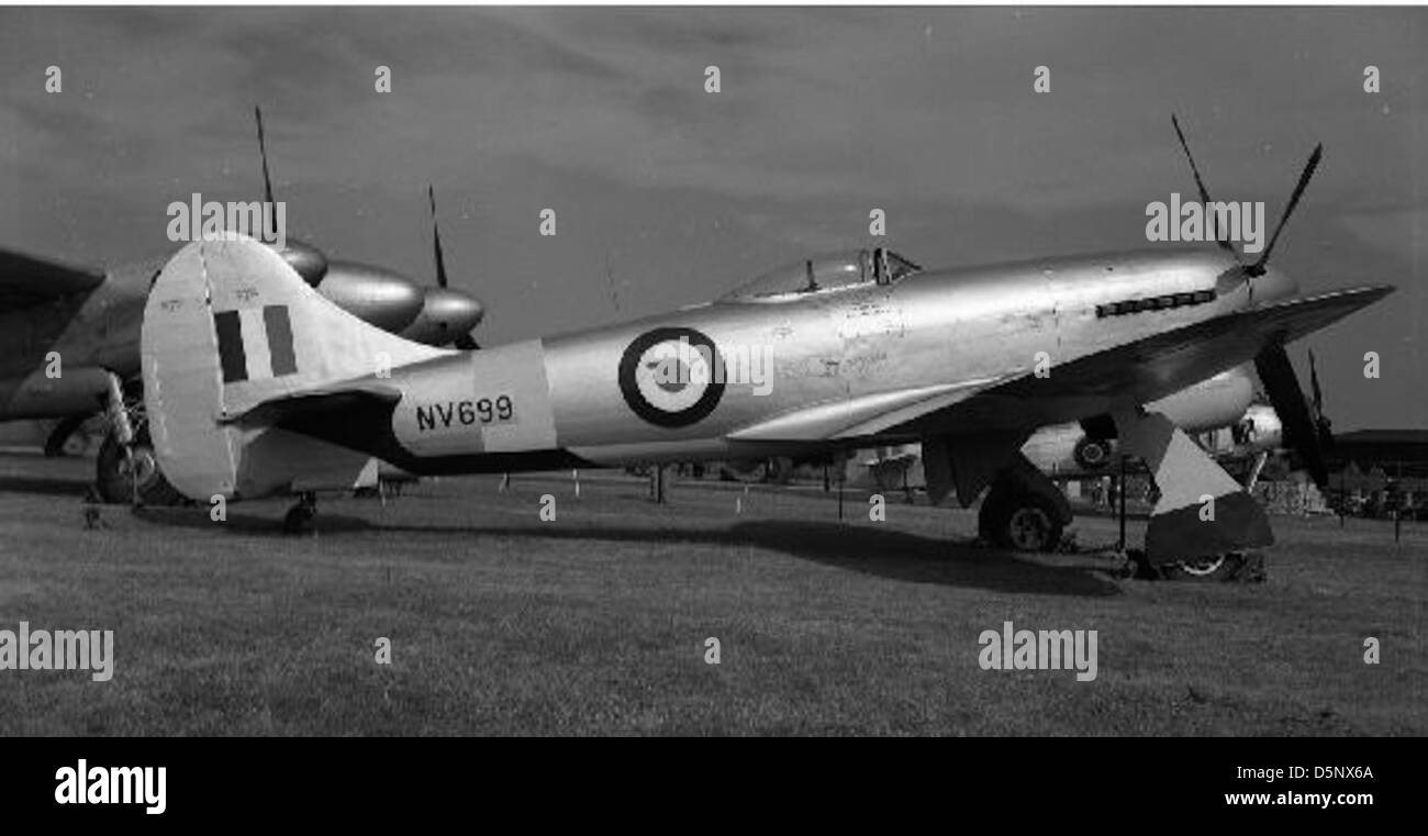 Hawker Tempest, NV699 Stock Photo: 55185938 - Alamy