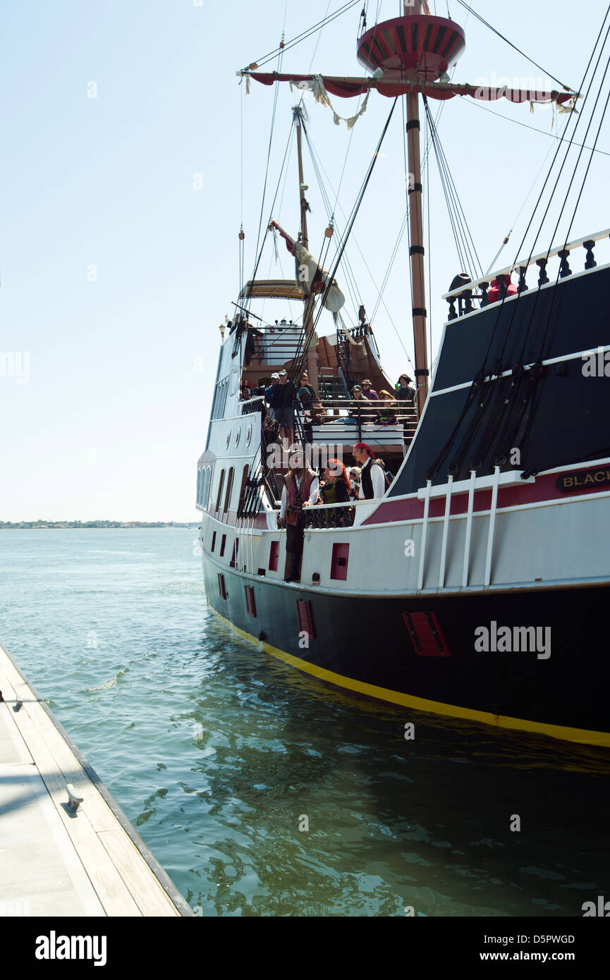 A pirate ship, 'The Black Raven' sailing near the Vilano Beach Floating Pier in St. Augustine Florida - Stock Image