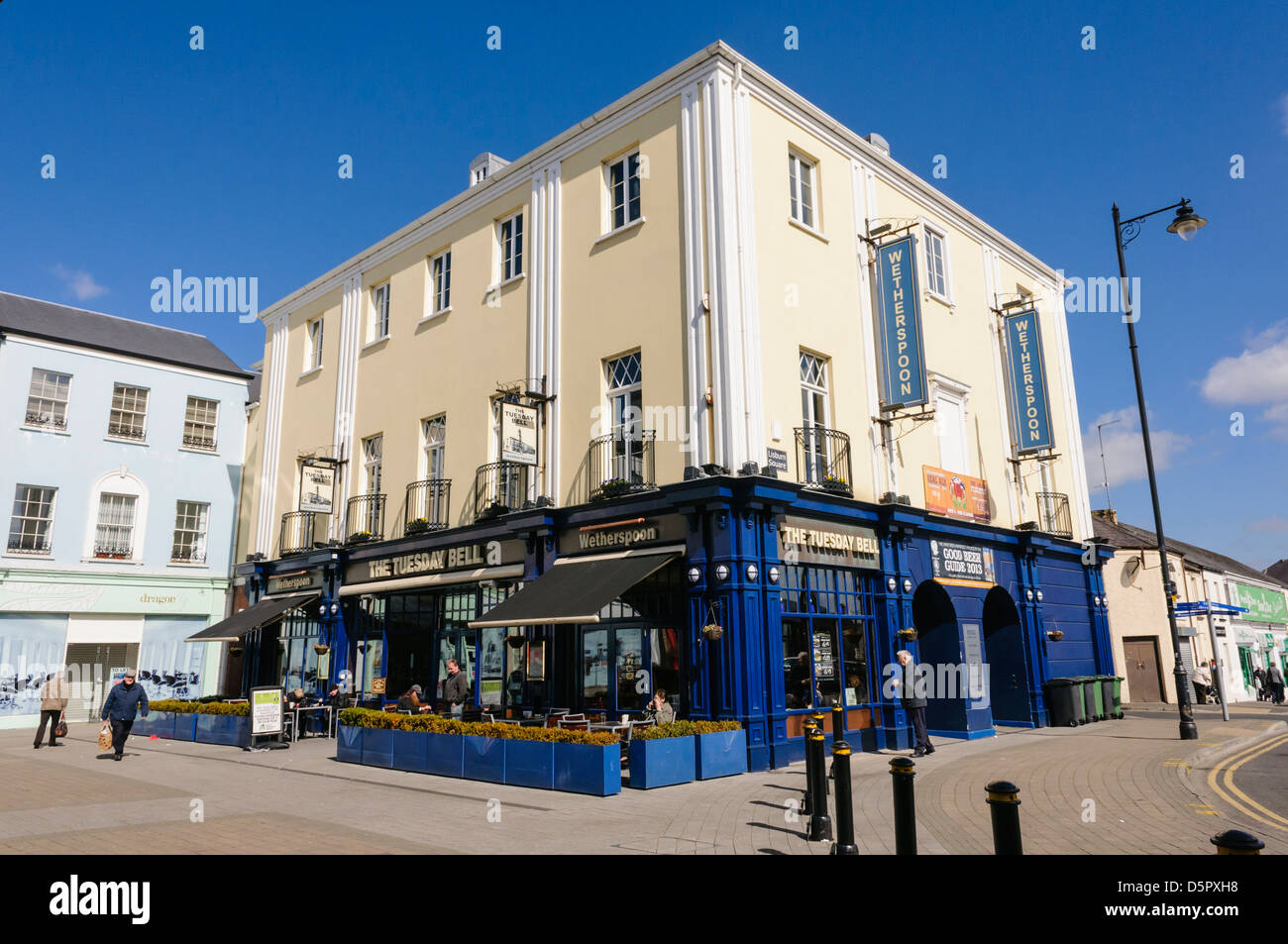 The Tuesday Bell Wetherspoons pub, Lisburn - Stock Image