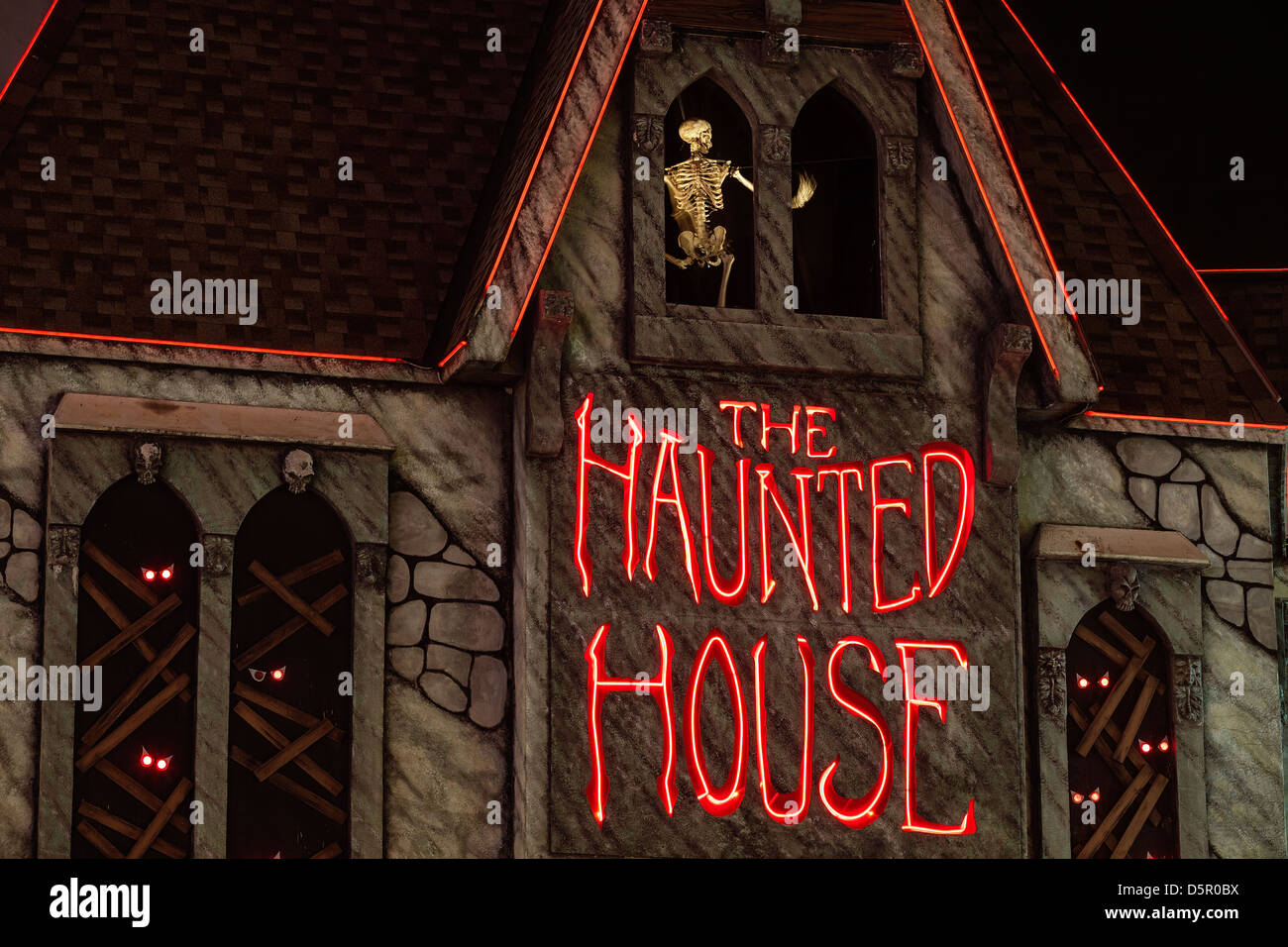 Haunted House at night - Stock Image