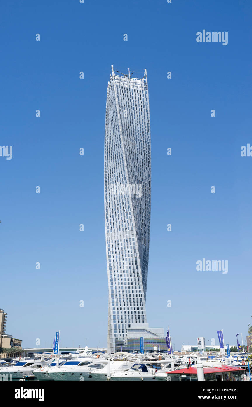 New Cayan Tower recently completed in Marina district of New Dubai in United Arab Emirates - Stock Image