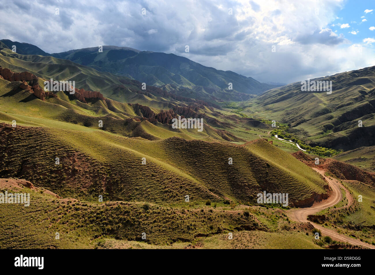 Road in valley, Asy river canyon, Kazakhstan - Stock Image