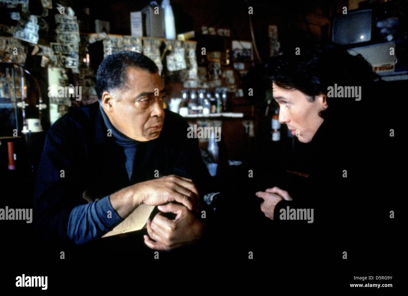 JAMES EARL JONES, THOMAS IAN GRIFFITH, EXCESSIVE FORCE, 1993 - Stock Image