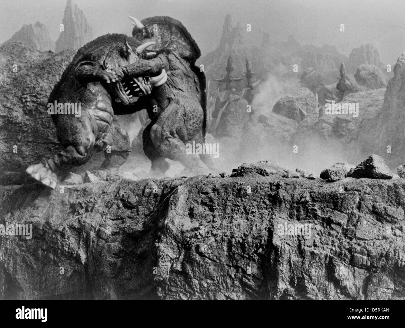 FIGHTING MONSTERS AT THE EARTH'S CORE (1976) Stock Photo