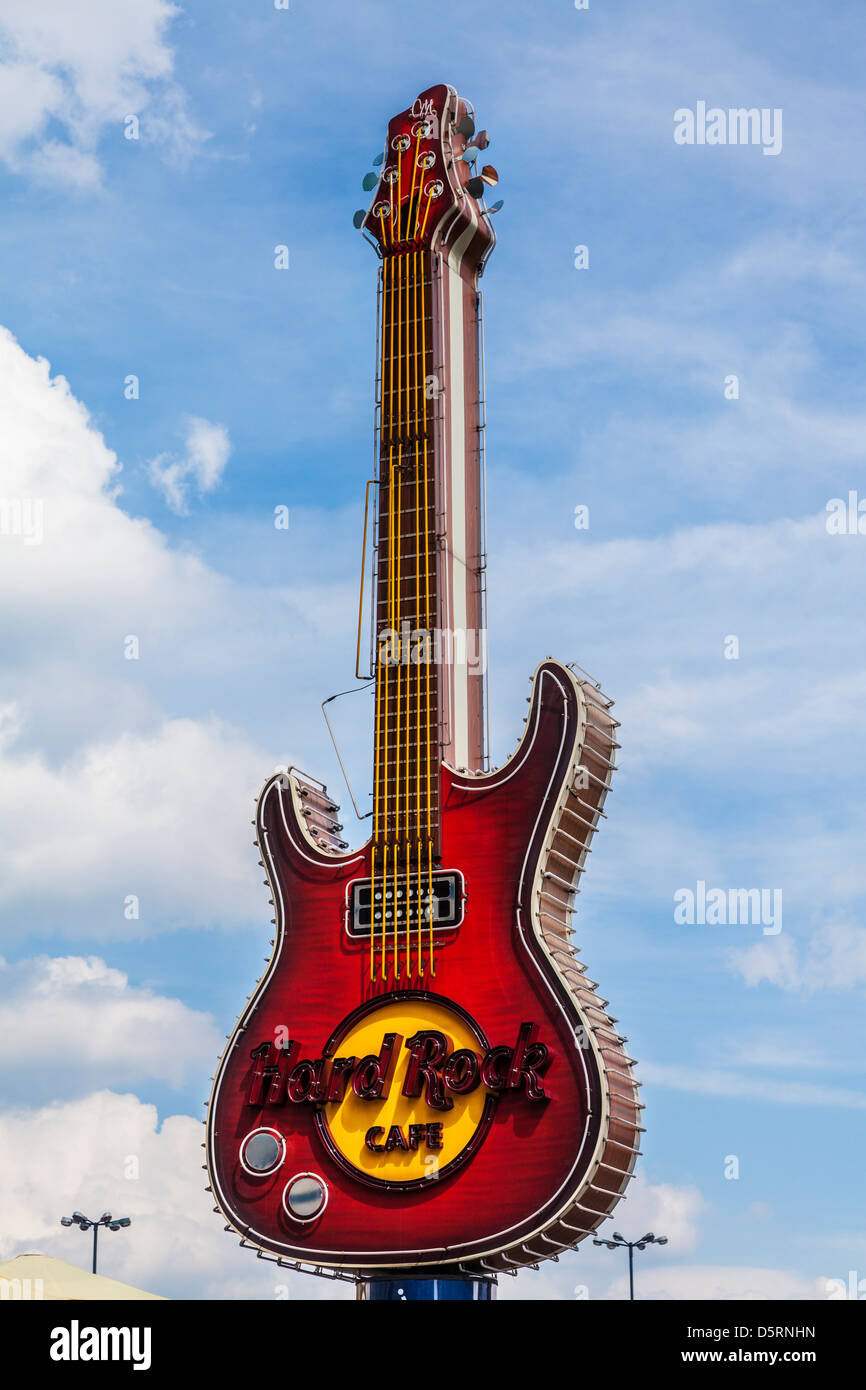 iconic guitar logo sign of the hard rock cafe at zlote tarasy in stock photo 55226241 alamy. Black Bedroom Furniture Sets. Home Design Ideas