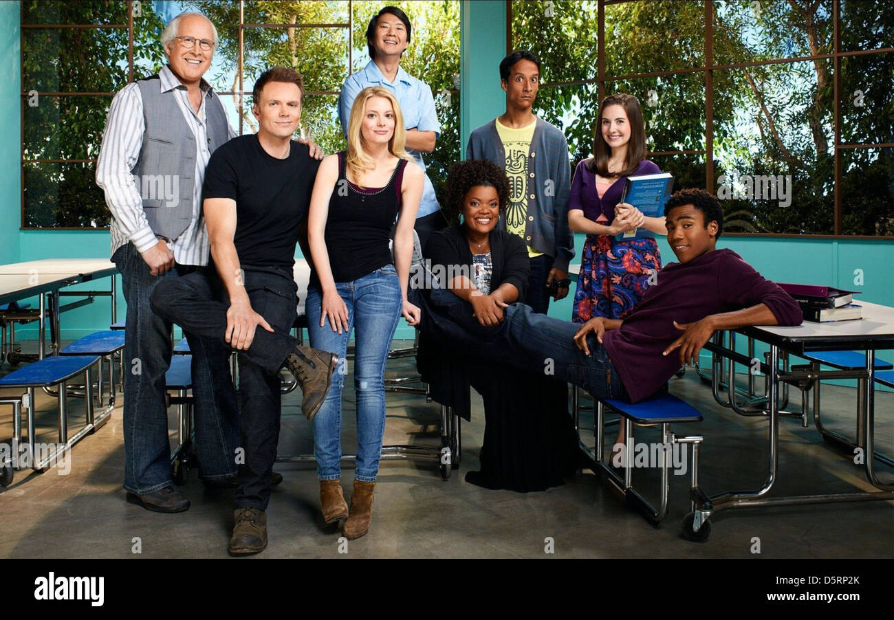 CHEVY CHASE JOEL MCHALE GILLIAN JACOBS KEN JEONG YVETTE NICOLE BROWN DANNY PUDI ALISON BRIE & DONALD GLOVER - Stock Image
