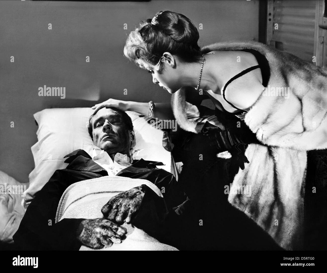 MEL FERRER, LUCILE SAINT-SIMON, THE HANDS OF ORLAC, 1960 - Stock Image