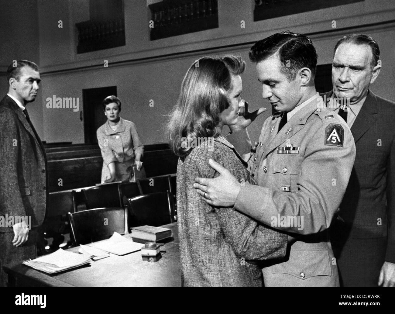 JAMES STEWART & EVE ARDEN ANATOMY OF A MURDER (1959 Stock Photo ...