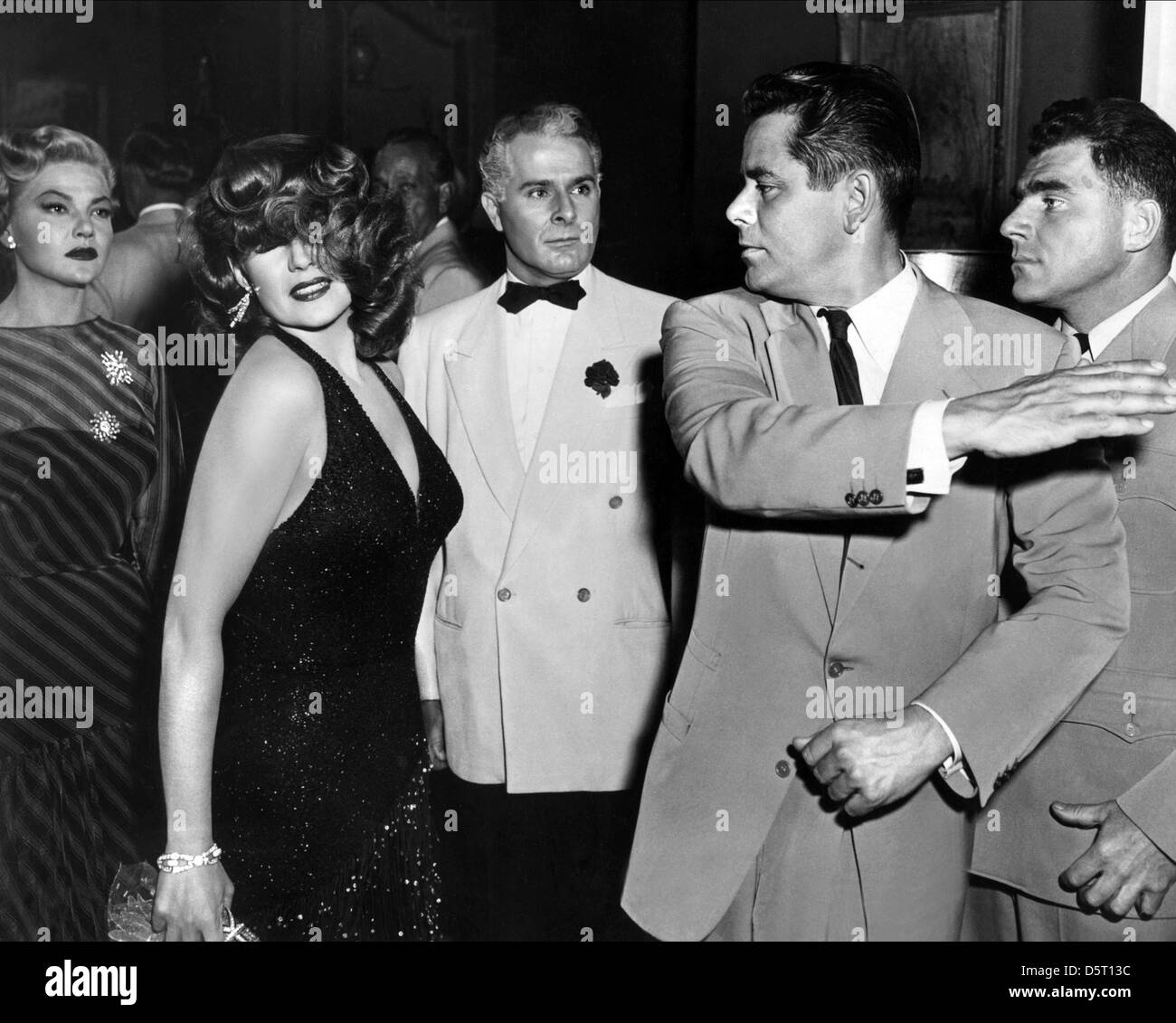 rita-hayworth-glenn-ford-affair-in-trini