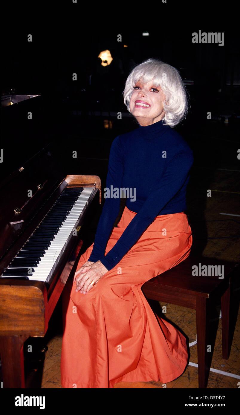 Carol Channing Stock Photos & Carol Channing Stock Images ...