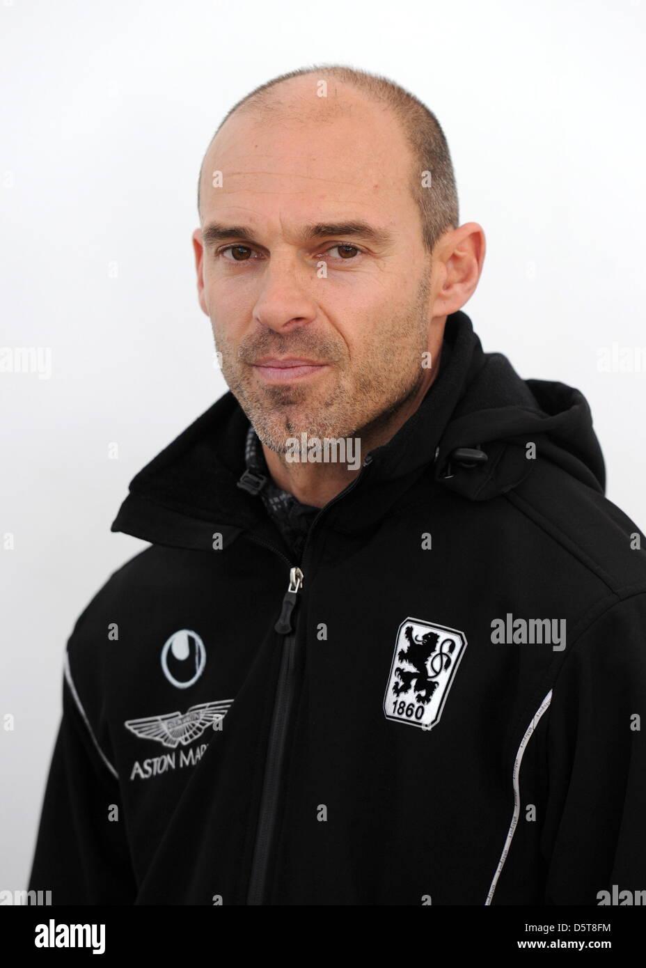 Der neue Trainer des TSV 1860 München, Alexander Schmidt, aufgenommen am 18.11.2012 in München (Bayern) - Stock Image
