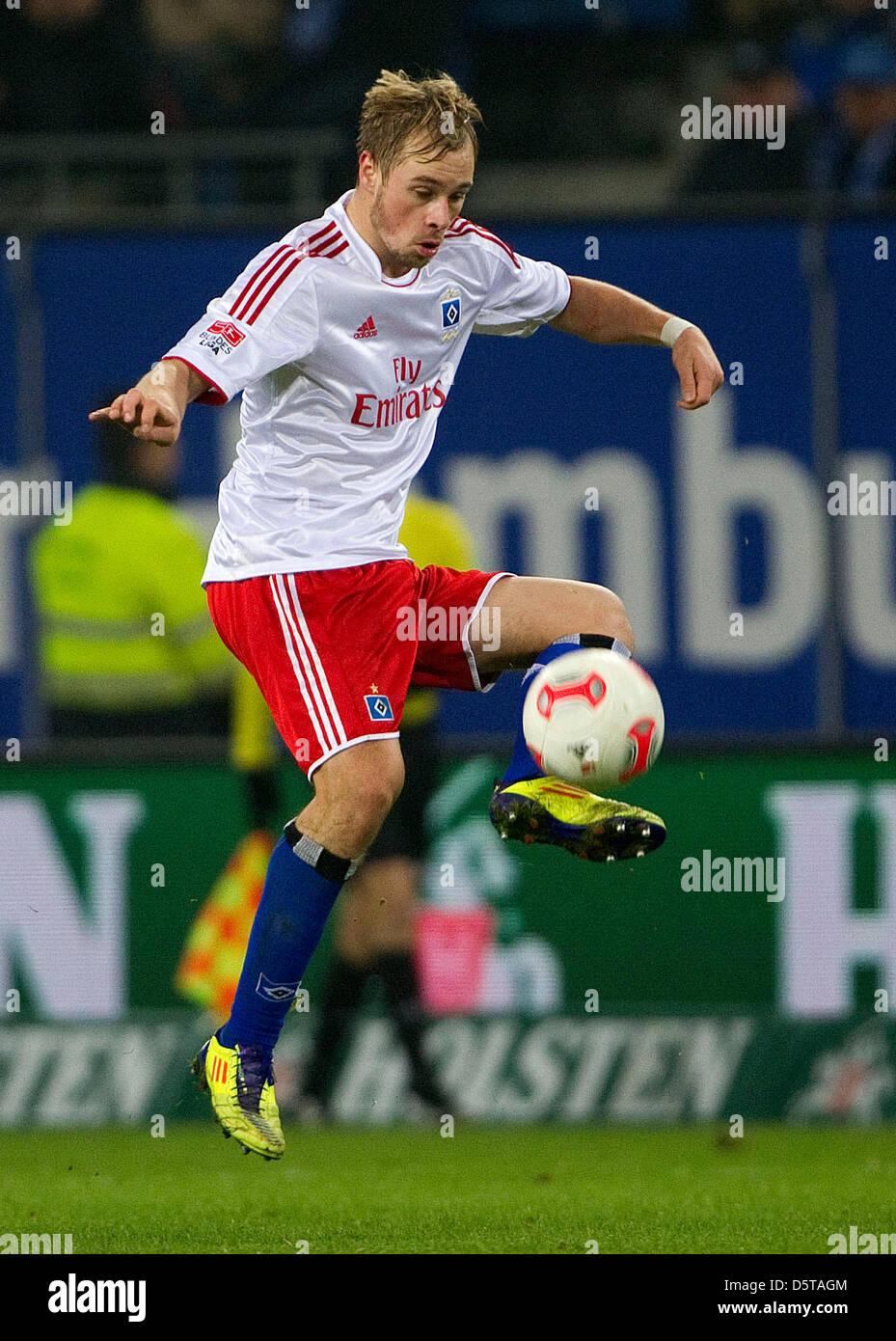 Hamburg's Maximilian Beister controls the ball during the Bundesliga soccer match between Hamburger SV vs FSV - Stock Image