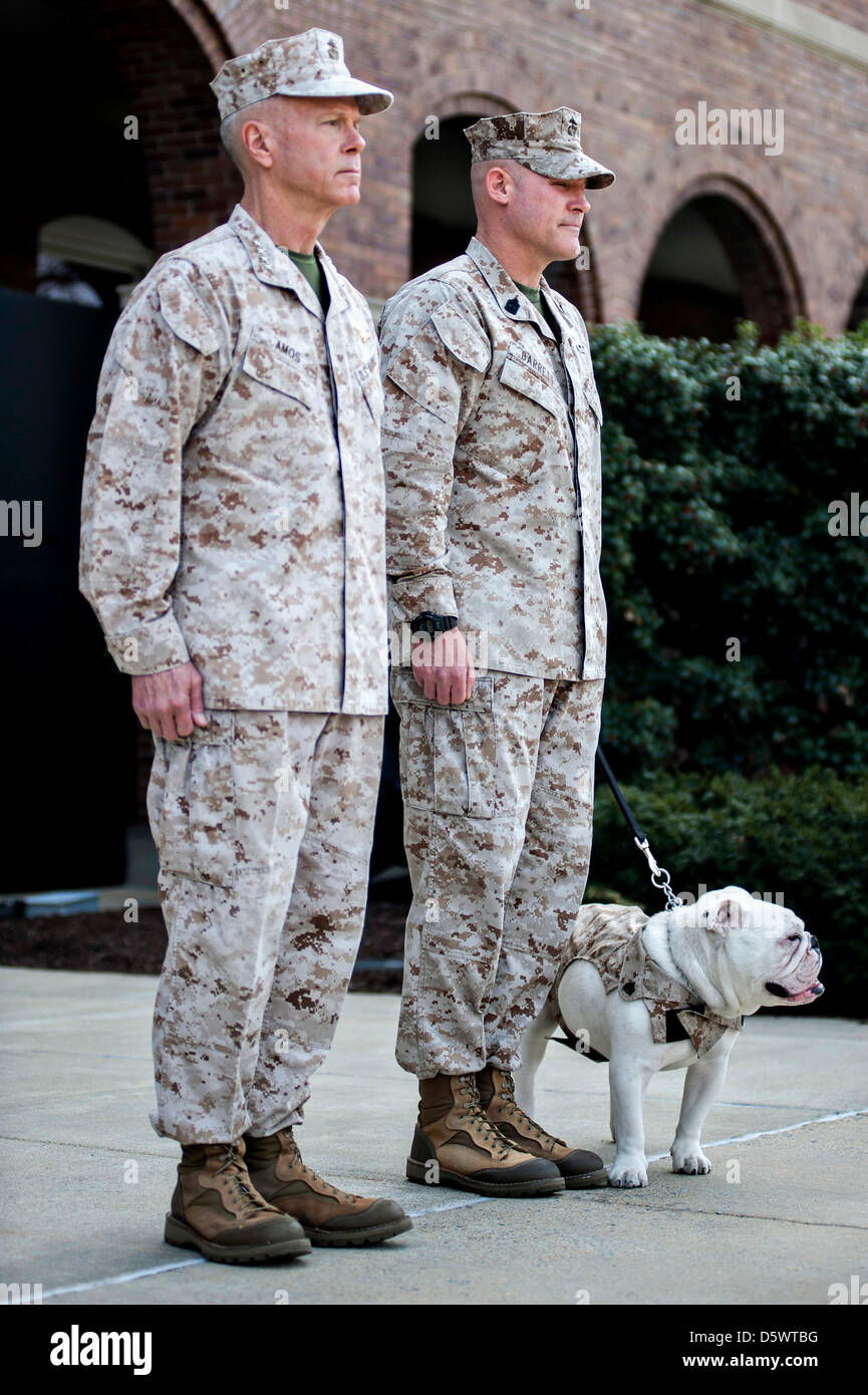Commandant of the Marine Corps Gen. James F. Amos, left, and Sgt. Maj. Micheal P. Barrett, sergeant major of the Stock Photo