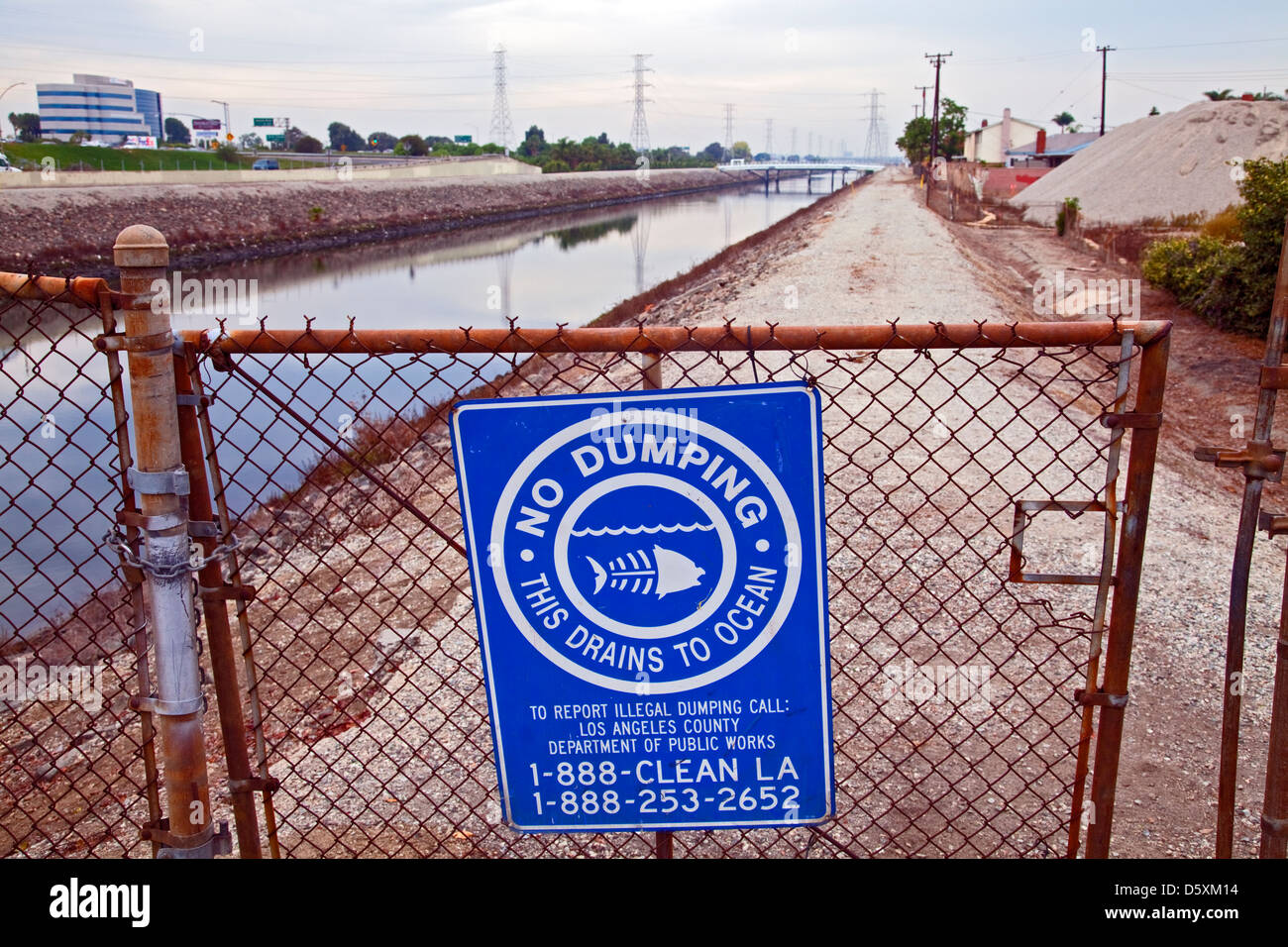 No Dumping in ocean sign along Dominguez Channel, Carson, California, USA - Stock Image