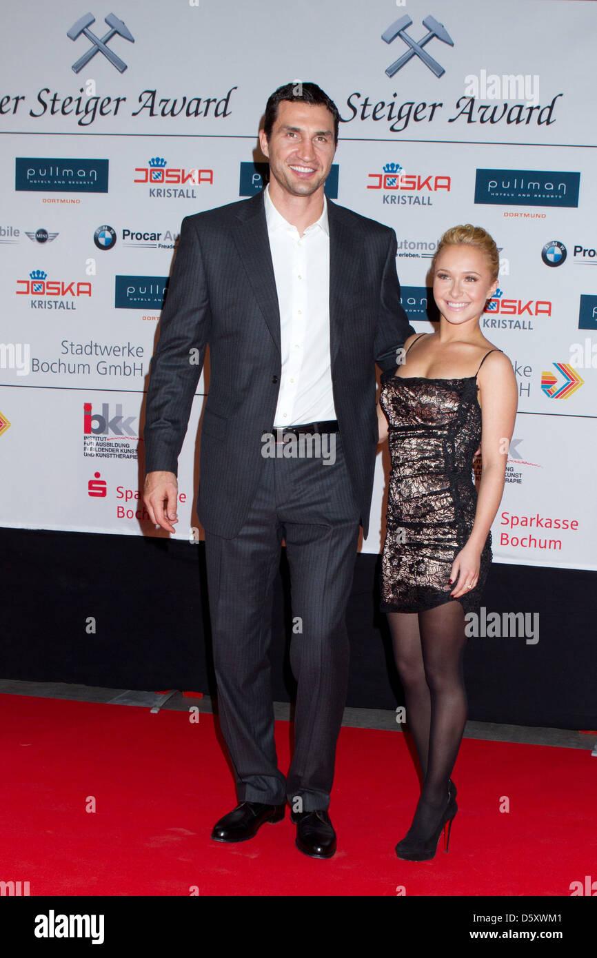 Wladimir Klitschko And Girlfriend Hayden Panettiere At Steiger Award
