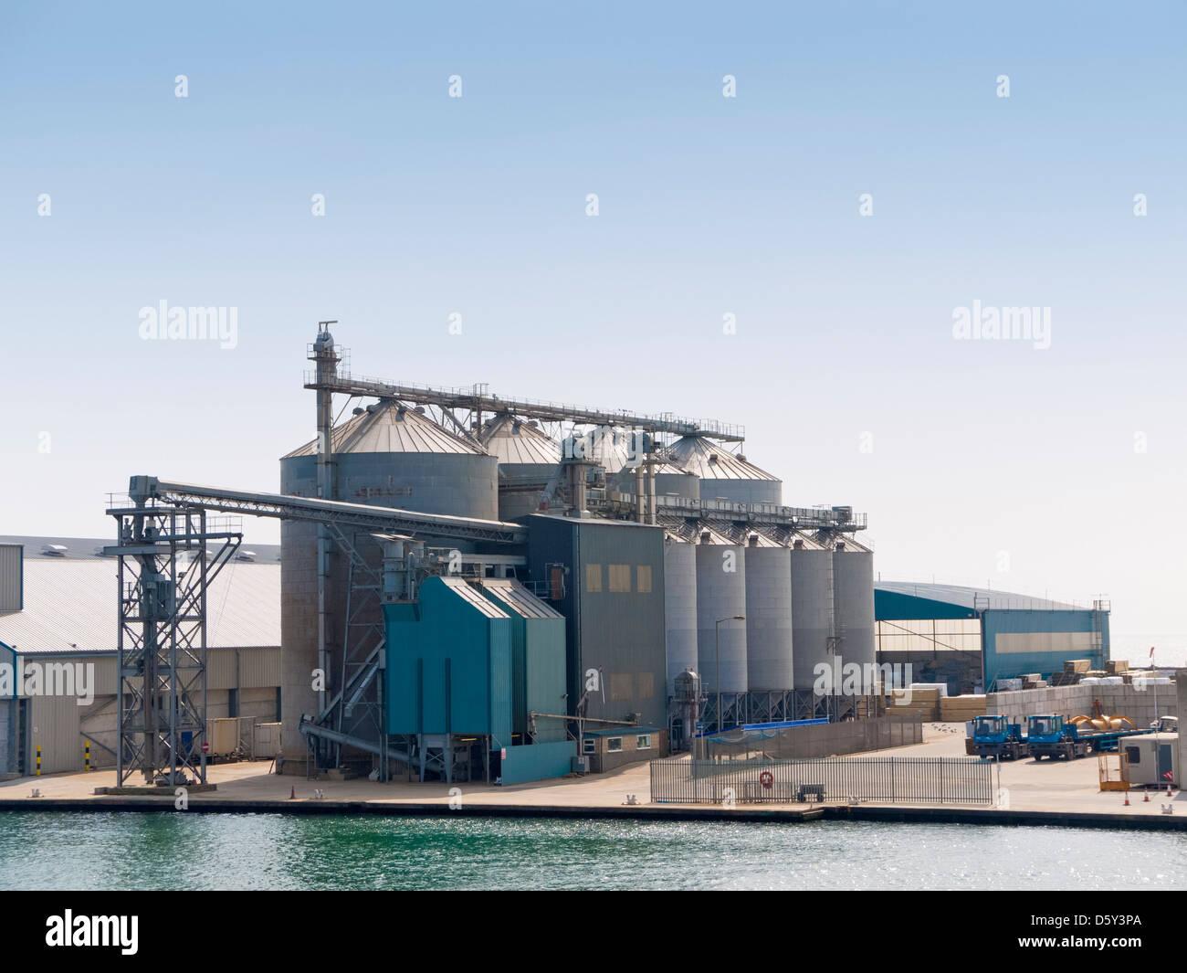 Storage silos for grain at Shoreham Port, East Sussex, UK - Stock Image