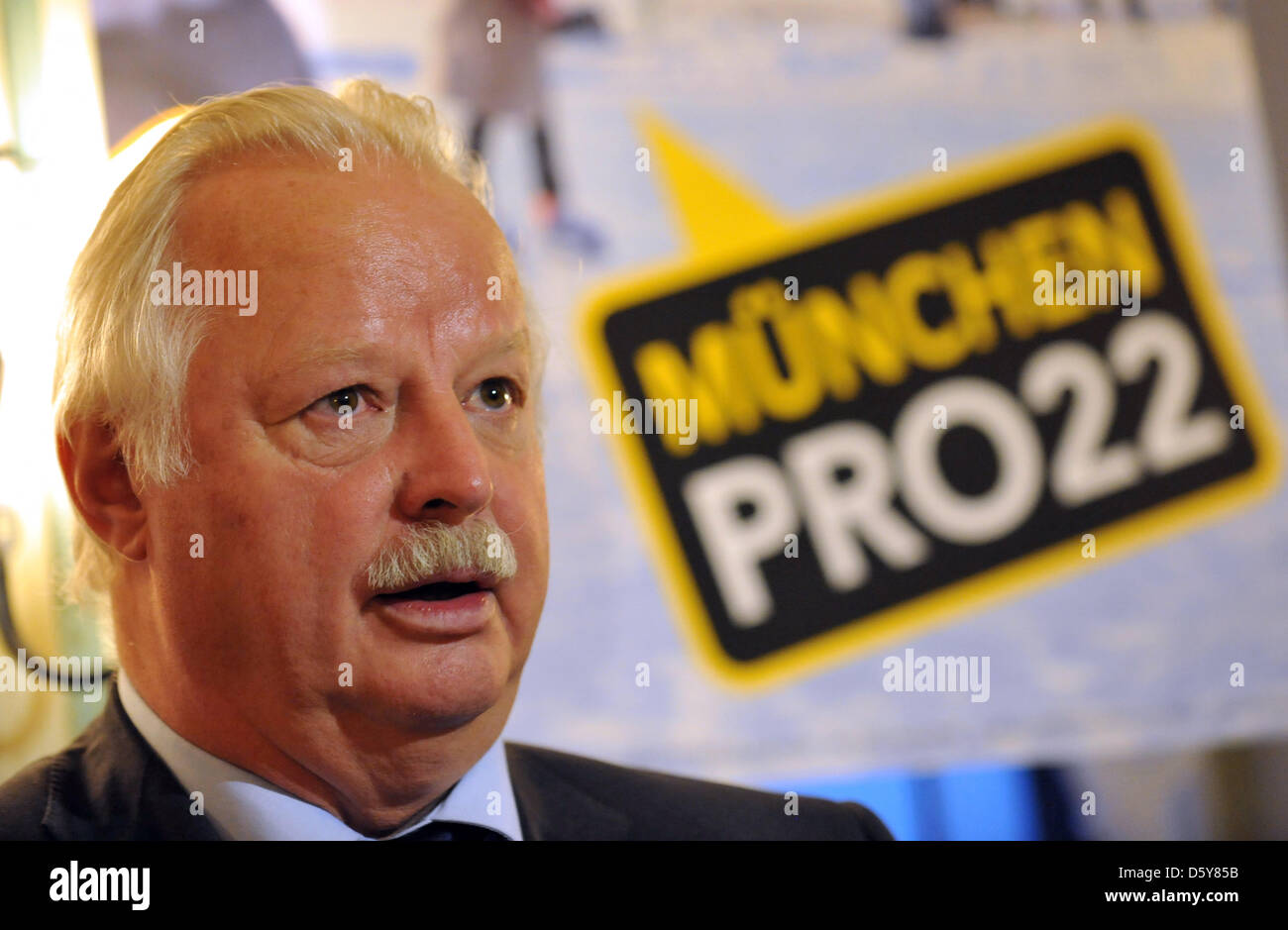 Munich city councillor Mario Schmidbauer speaks during a press conference of the citizens' initiative 'Munich - Stock Image