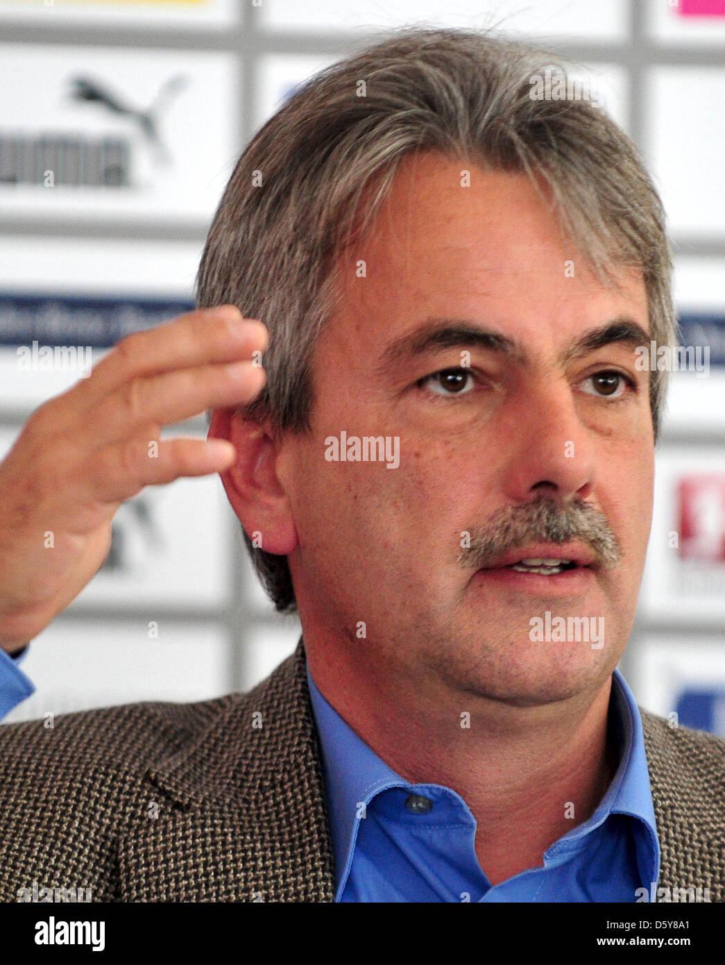 President of Bundesliga soccer club VfB Stuttgart, Gerd Maeuser, speaks at a press conference in Stuttgart, Germany, - Stock Image