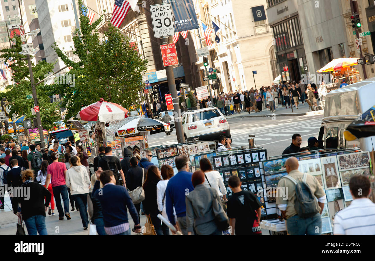 People walk on 5th Avenue in New York City, USA, 23 September 2012. Photo: Sven Hoppe Stock Photo