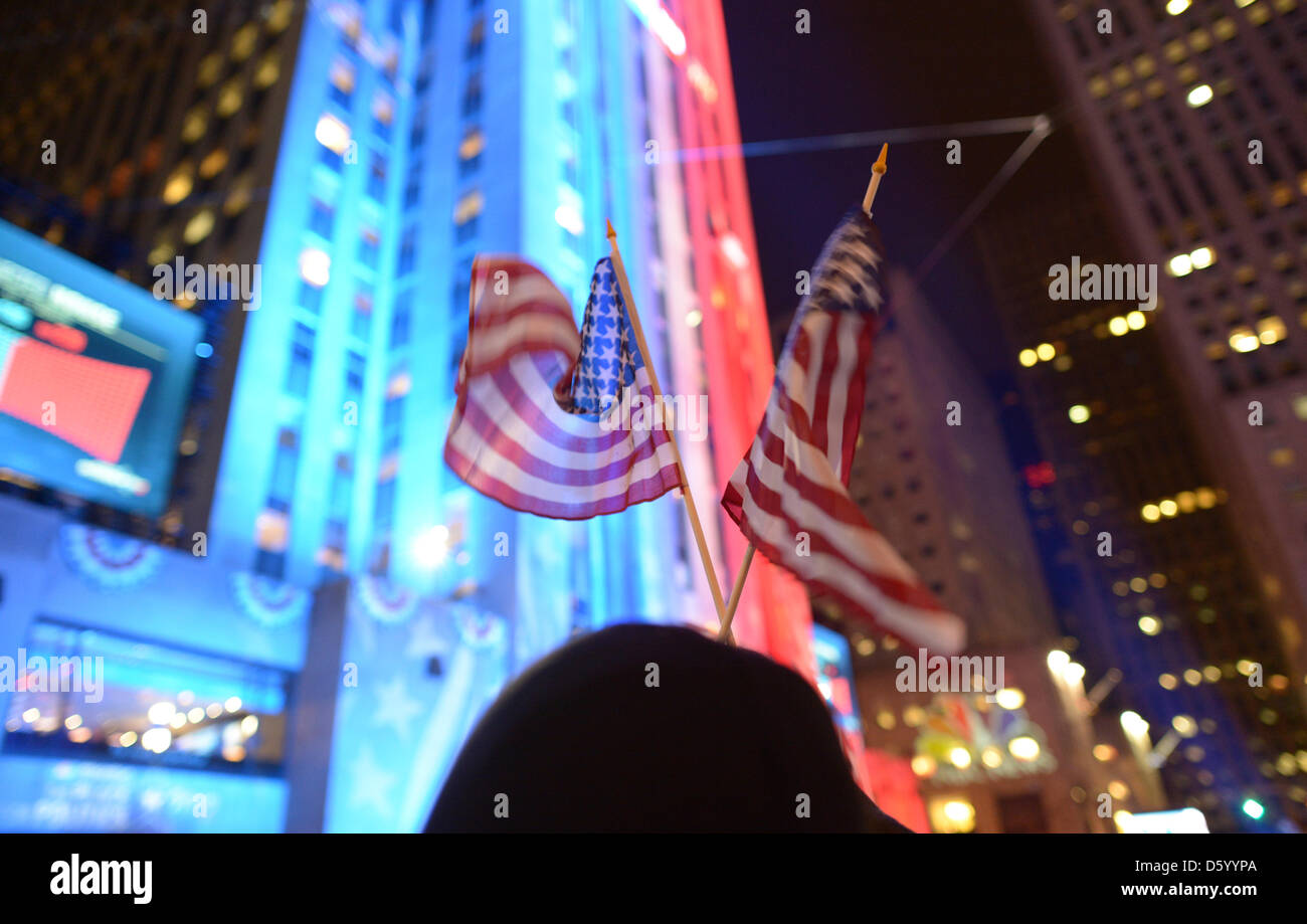 The US flag waves at the Rockefeller Center during the 2012 US Presidential election in New York, USA, 07 November - Stock Image