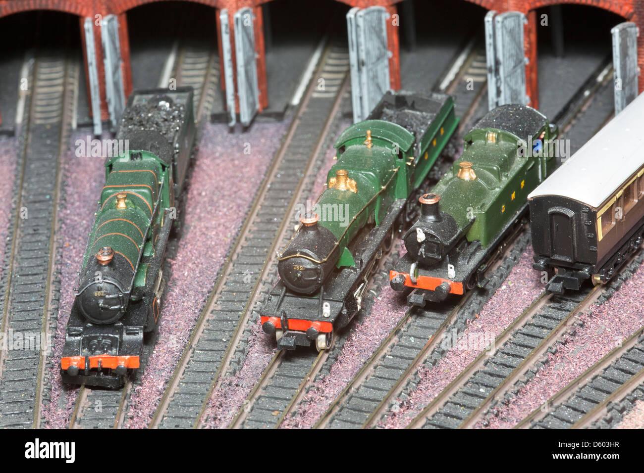 Locomotives on an 'n' gauge model railway - Stock Image