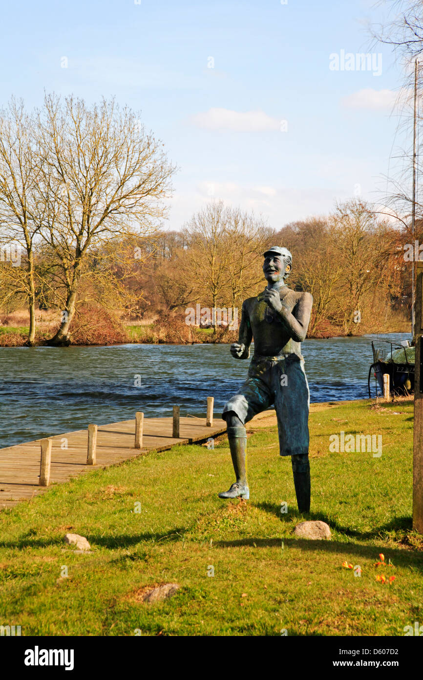 A view of the River Yare with statue of Billy Bluelight at Bramerton Woods End, Norwich, Norfolk, England, United Stock Photo