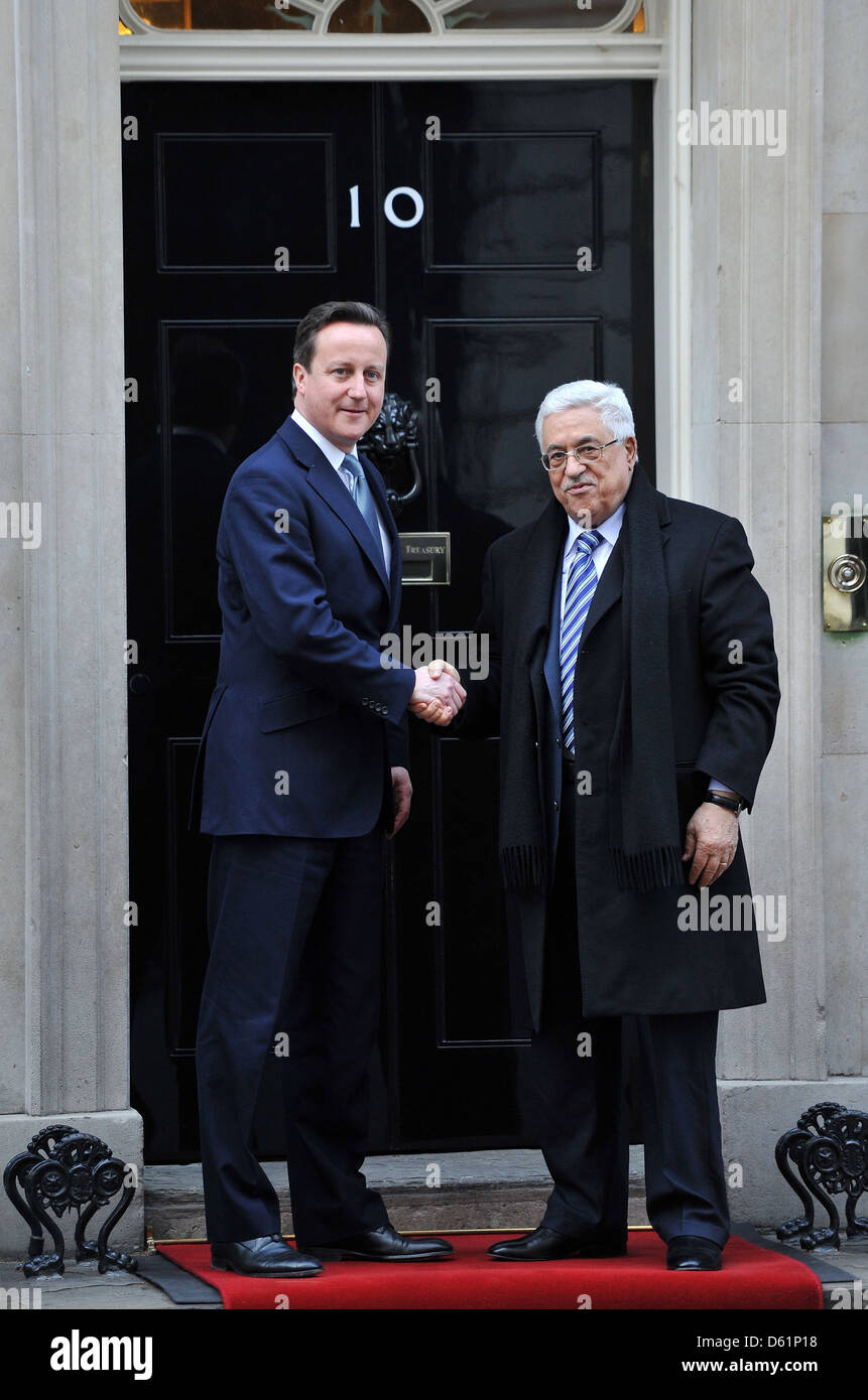 Prime Minister David Cameron meets with Palestinian Authority President Mahmoud Abbas at  Downing Street. London Stock Photo