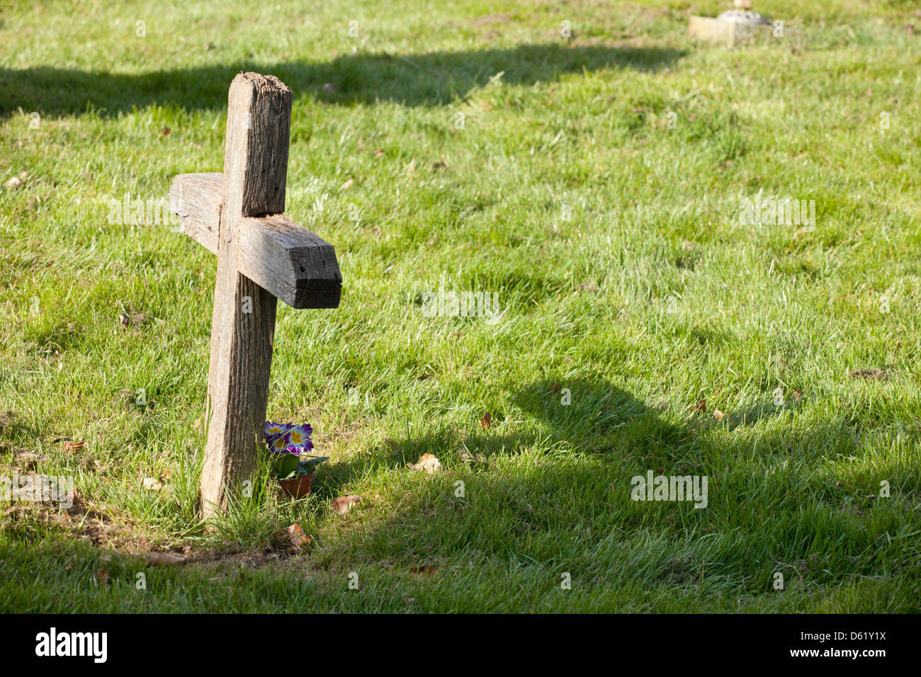 Wooden Cross In Graveyard Stock Photos Wooden Cross In Graveyard