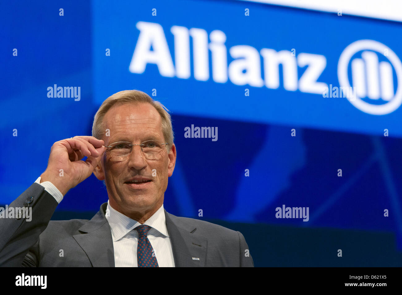 CEOof Allianz SE Michael Diekmann gestures at the general meeting of shareholders at the Olympic Hall in Munich, Germany, 09 May 2012. After a rather bad last year, Allianz can report a good start for 2012. Photo: PETER KNEFFEL Stock Photo
