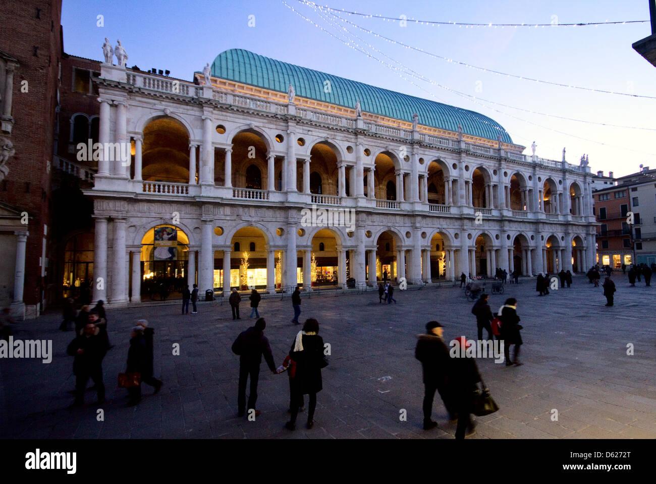 Europe; Italy; Italian; Vicenza; North; Veneto; Unesco; Palladio; People; Square; Basilica; Palladiana; Night; Lights; - Stock Image