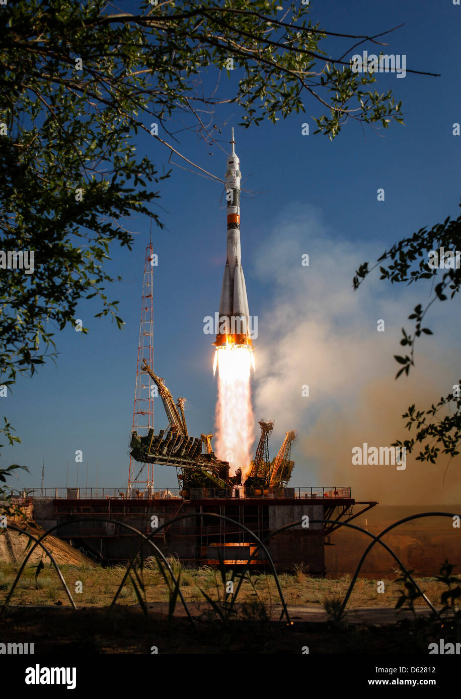 The Soyuz TMA-04M rocket launches from the Baikonur Cosmodrome in Kazakhstan on Tuesday, May 15, 2012 carrying Expedition - Stock Image