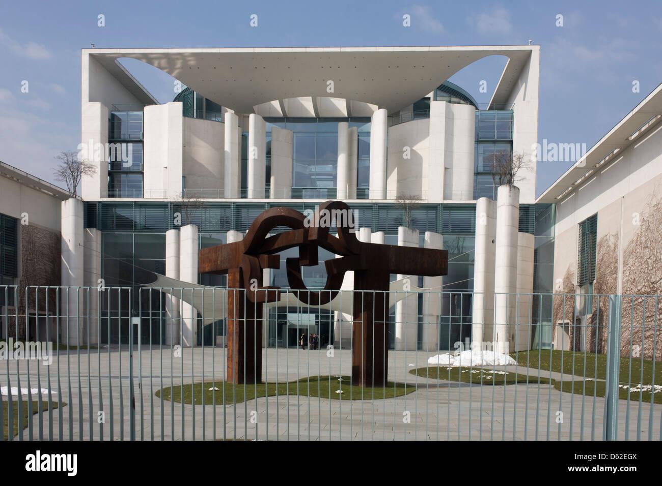 Exterior of the German Chancellery (Bundeskanzleramt) on Paul-Loeb-Allee, Berlin Stock Photo