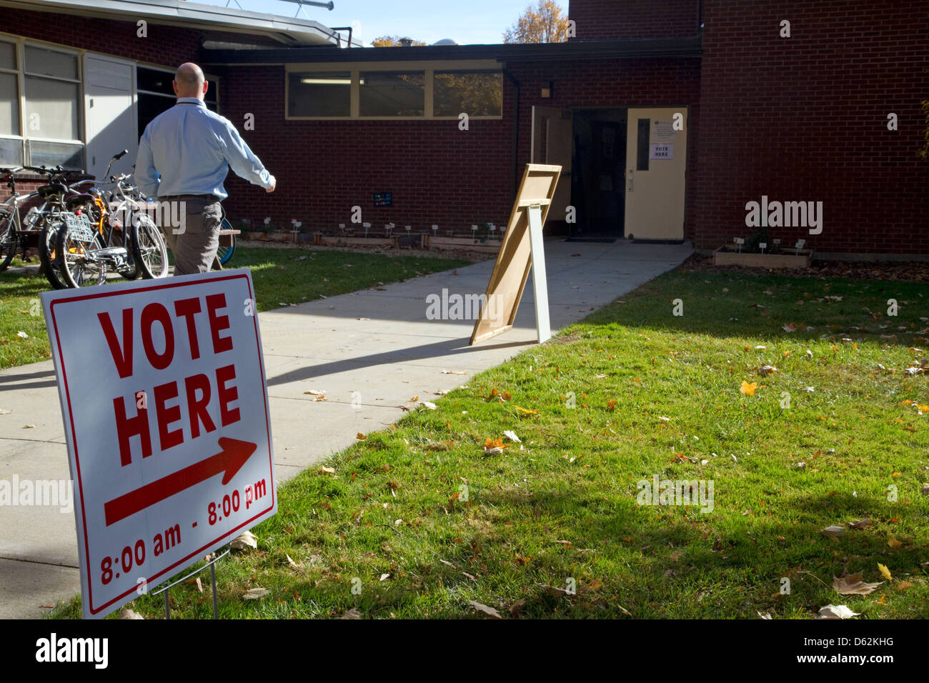 Vote Here sign at a polling place on election day in Bosie, Idaho, USA. - Stock Image