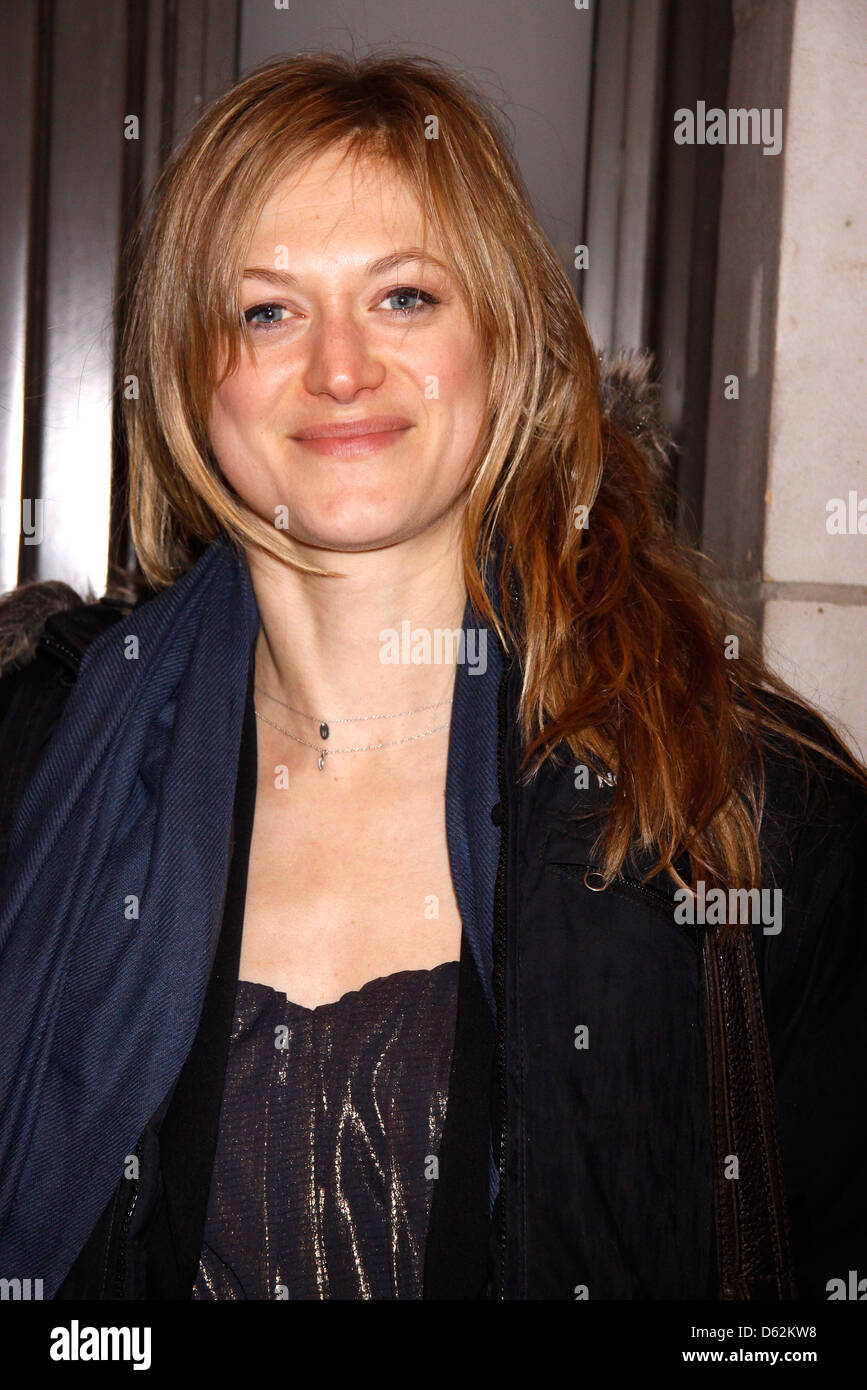 Pleasing Marin Ireland From The Tv Show Homeland Opening Night Of Download Free Architecture Designs Scobabritishbridgeorg