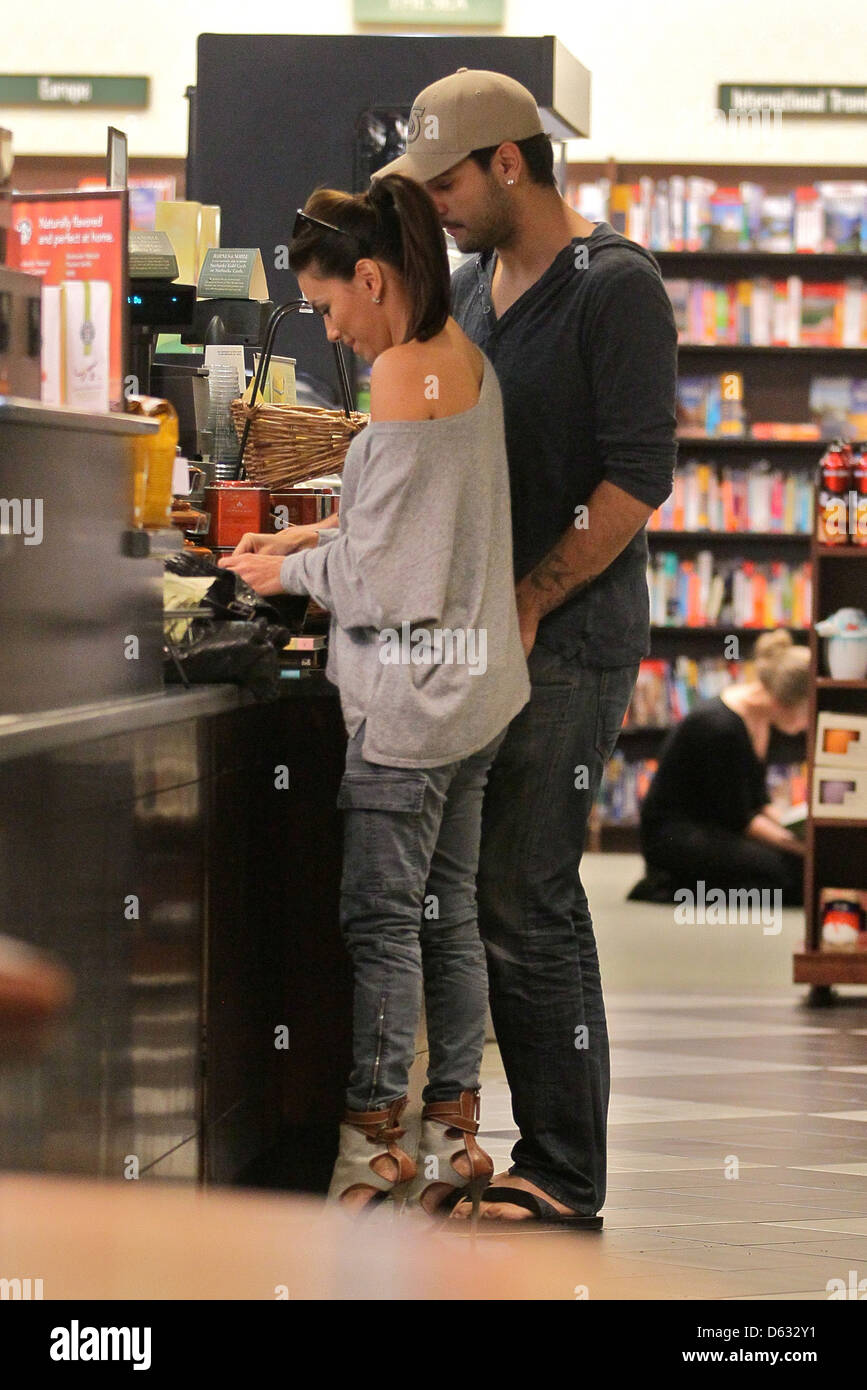 Eva Longoria And Eduardo Cruz Shop Cooking Books At Barnes Noble