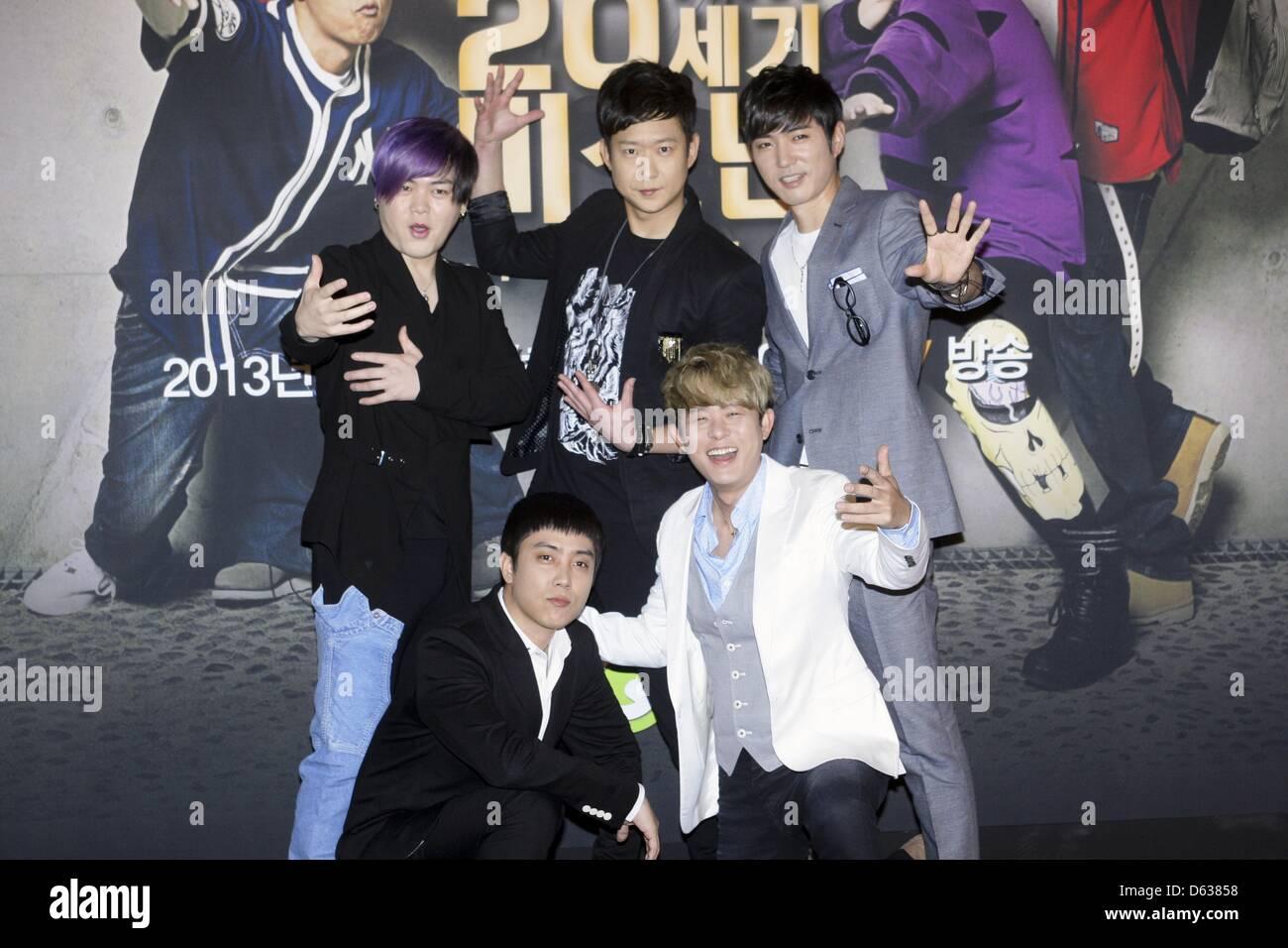 Moon Hee Jun Tony An Chun Myung Hoon Eunjiwon And Danny Ahn Stock Photo Alamy