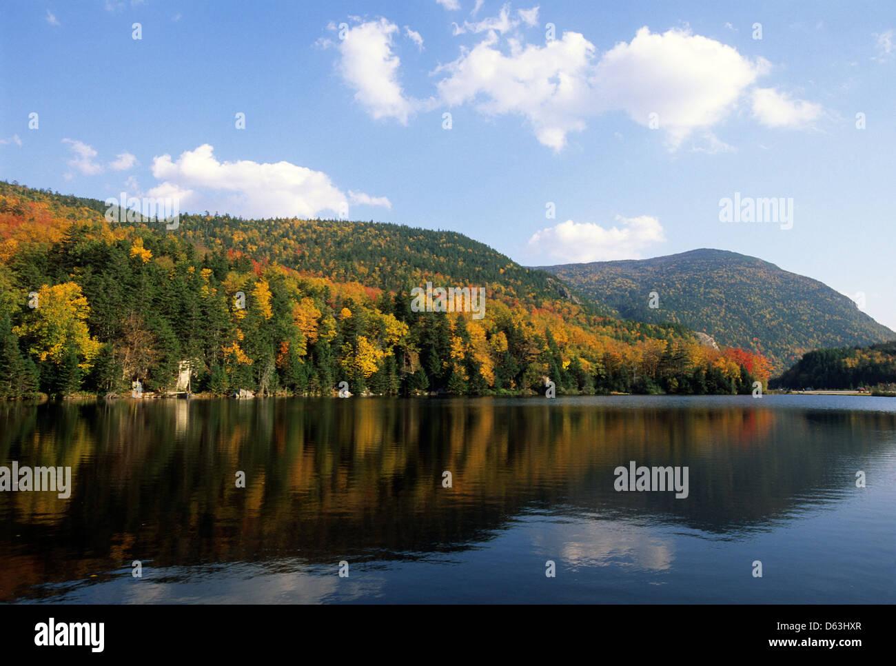 Elk281-1542 New Hampshire, White Mountains, Crawford Notch, Crawford Notch Lake Stock Photo