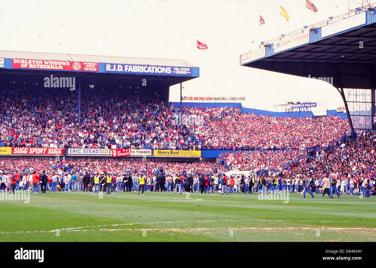Archive:     Hillsborough Disaster       April 15, 1989     FA Cup Semi-Final - Liverpool v Nottingham Forest. The - Stock Image