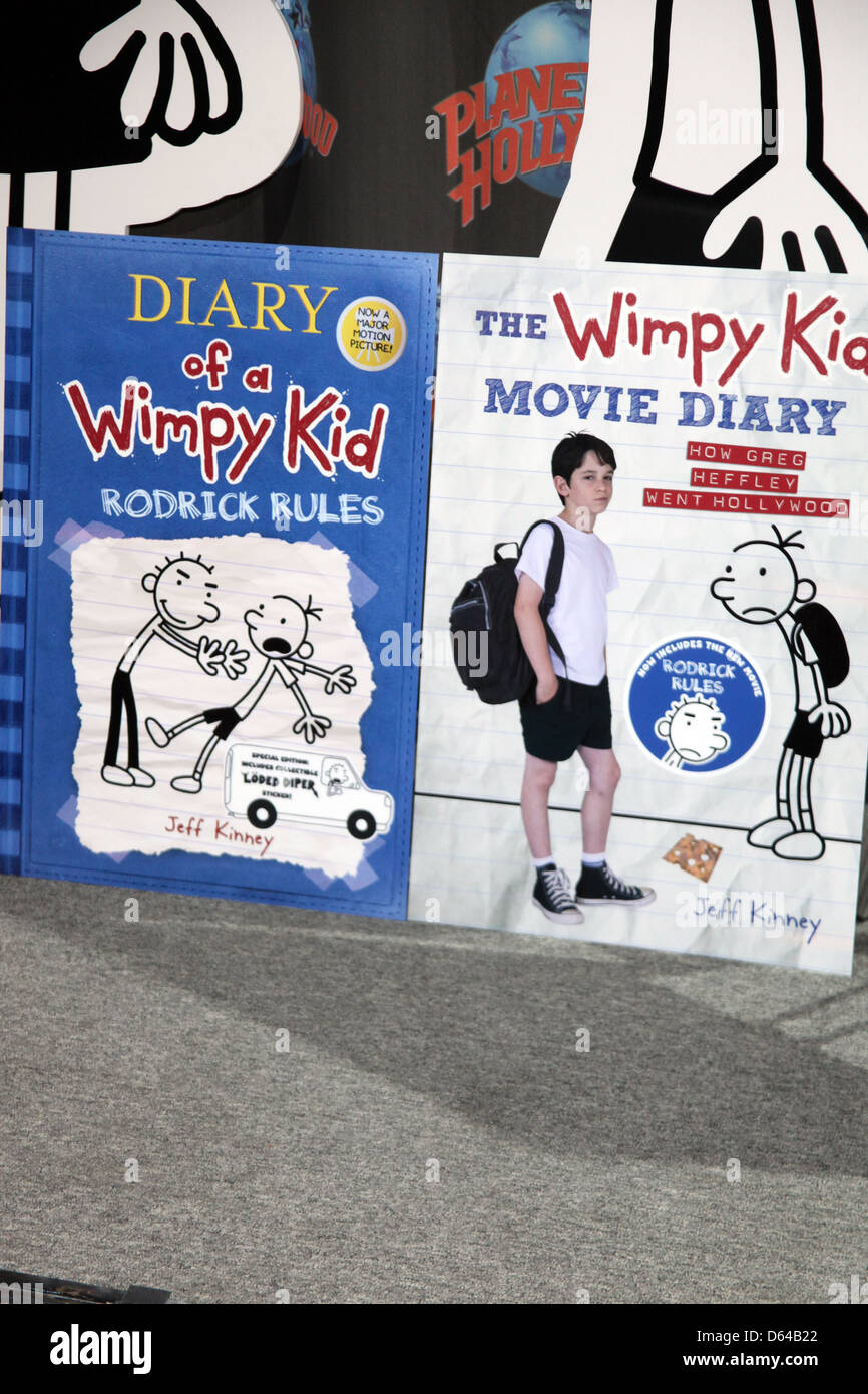 Atmosphere Stars Of Diary Of A Wimpy Kid Rodrick Rules Visit Stock Photo Alamy