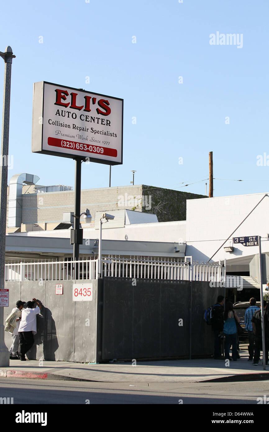 Atmosphere Eli\'s Auto Center Los Angeles, California Stock Photo ...