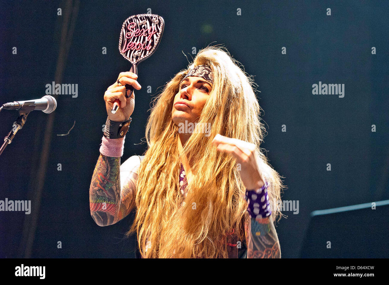 Steel panther balls out duly answer
