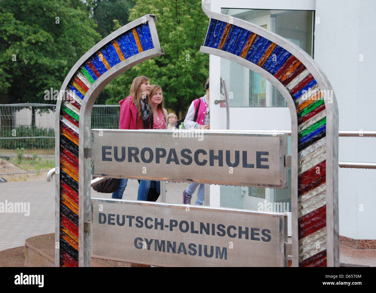 Pupils of Gymnasium Loecknitz enter their school in Loecknitz, Germany, 12 June 2012. Europe has become evreyday - Stock Image