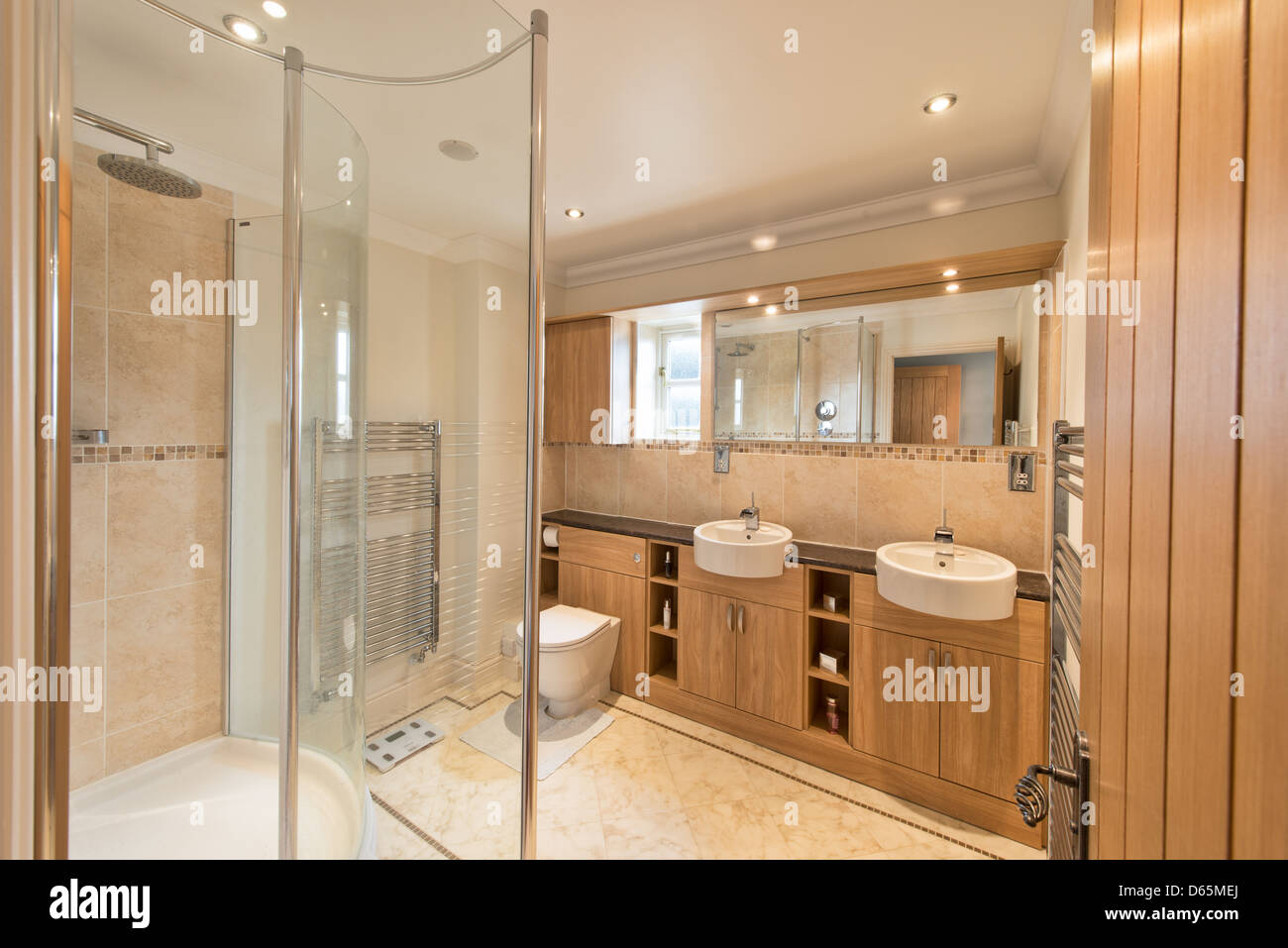Shower Cabinets Stock Photos & Shower Cabinets Stock Images - Alamy