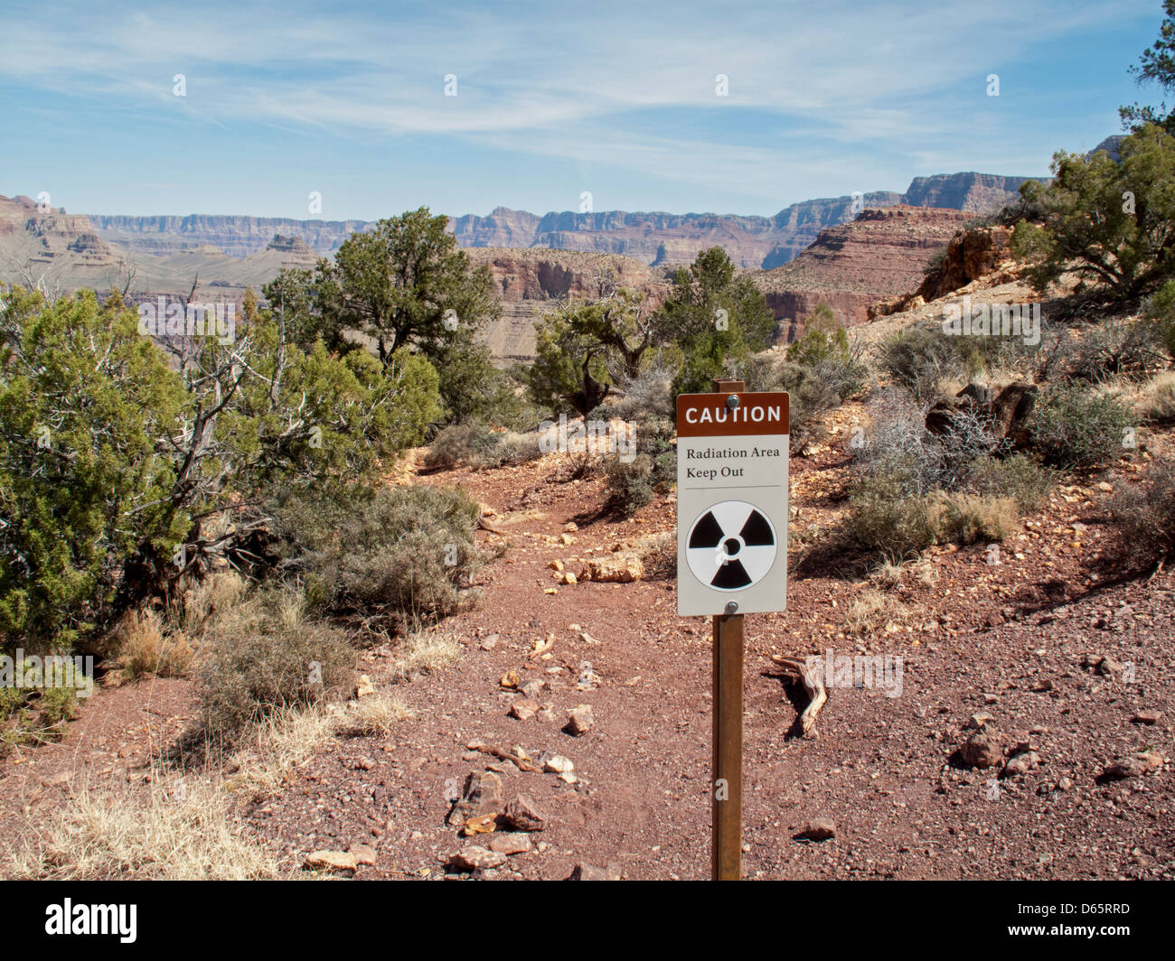 Grand Canyon National Park, Arizona - A sign warns hikers away from an old mine on Horseshoe Mesa due to radiation Stock Photo