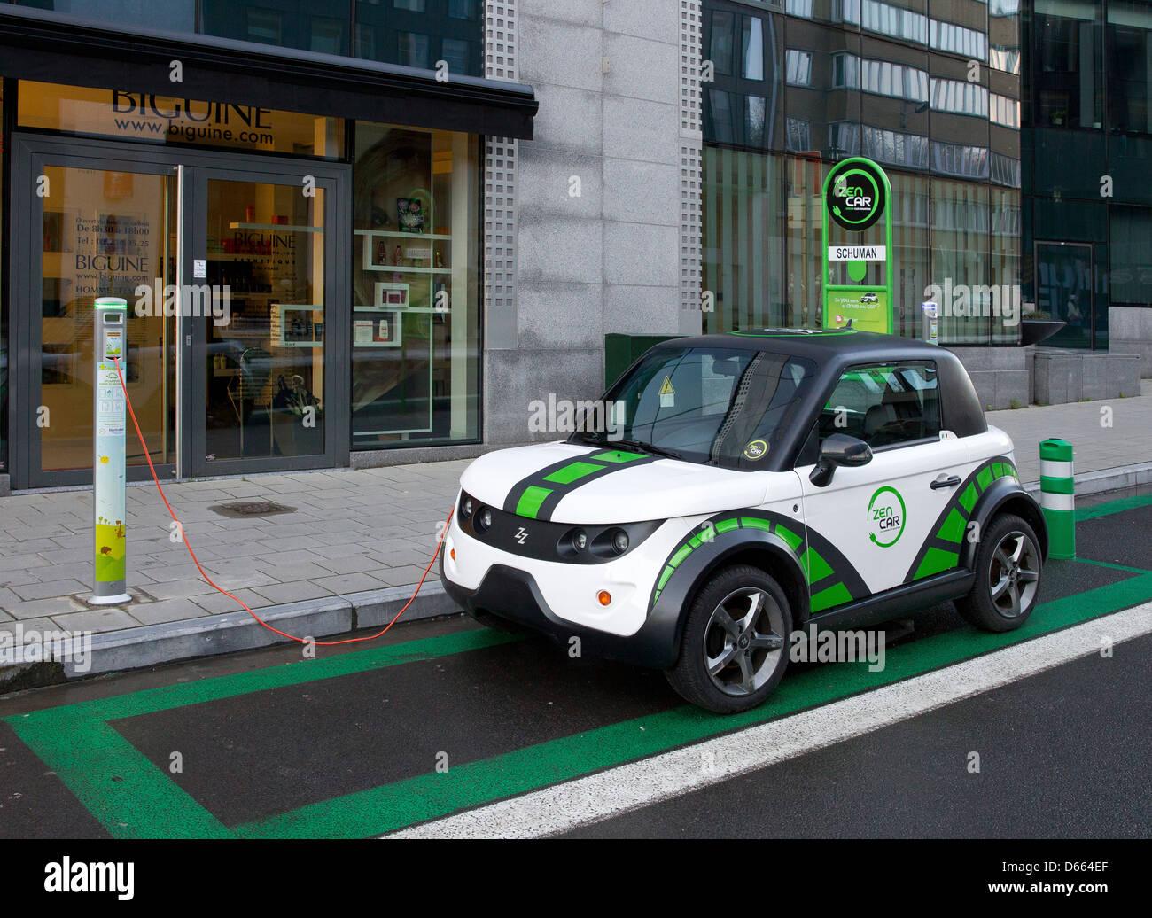 electric car vehicle charge charging recharging eu - Stock Image