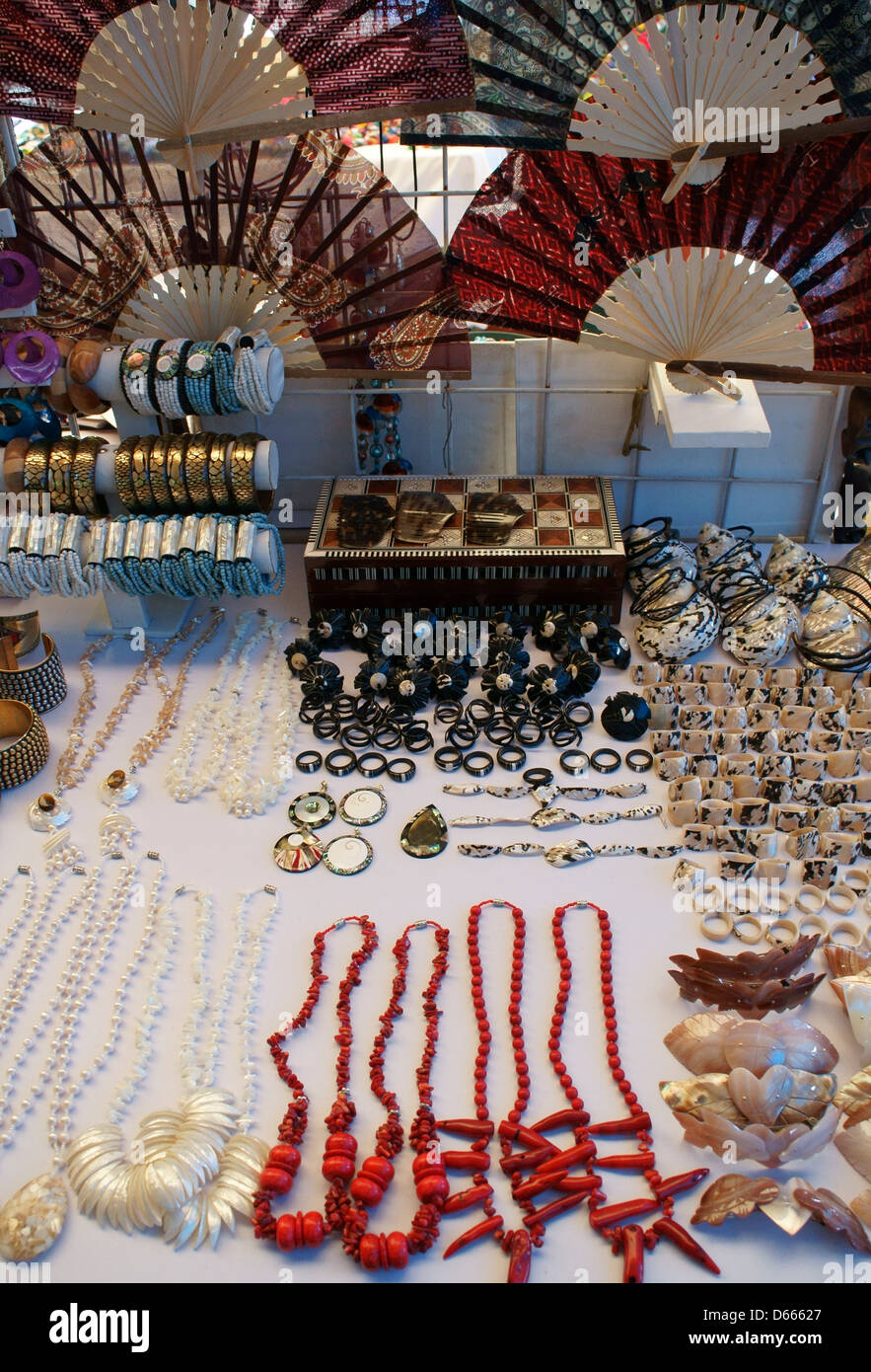 Sea Shell Jewelry And Fans In Mercado 28 Souvenirs And Handicrafts