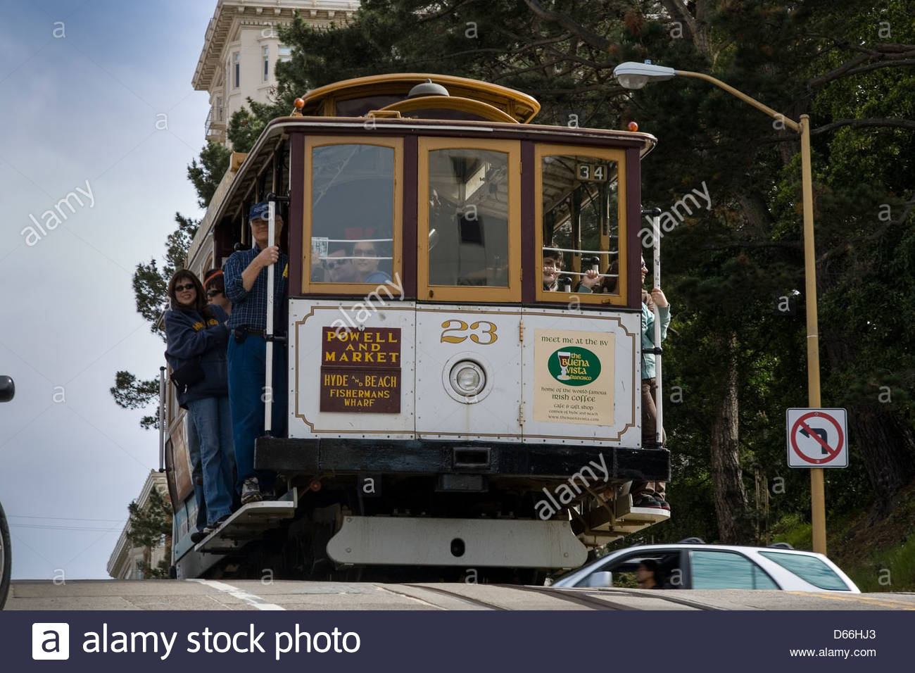USA San Francisco car and Cable car Close encounter - Stock Image