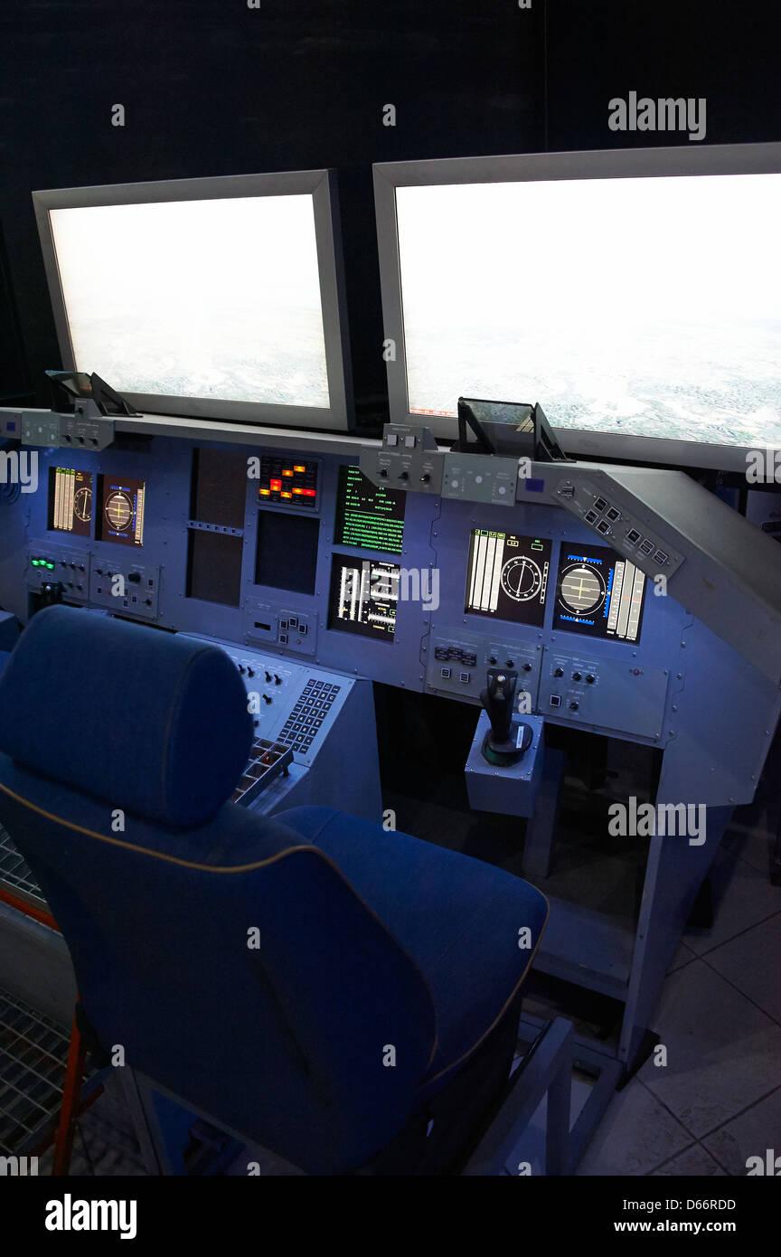 space shuttle cockpit trainer - photo #16